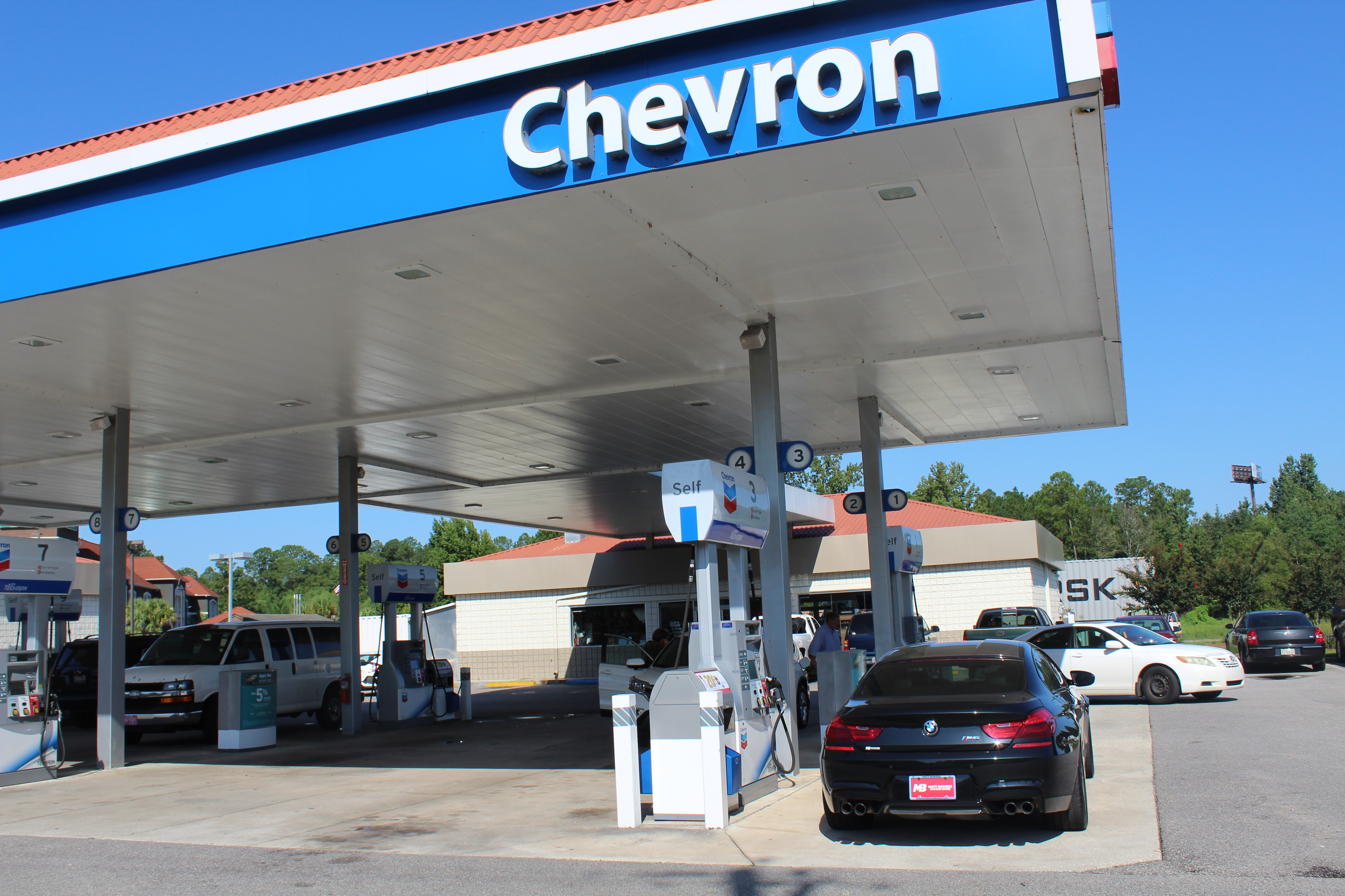 Why customers are pumped about breakfast gumbo at this gas