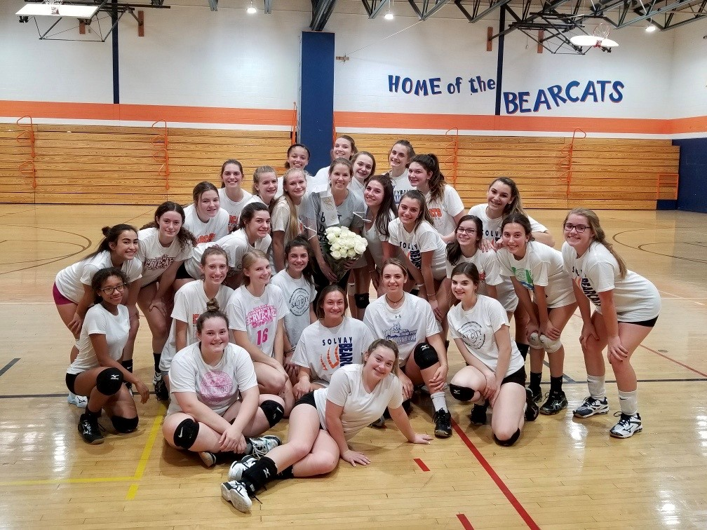 CNY girls volleyball team performs dance routine for engaged coach (video)