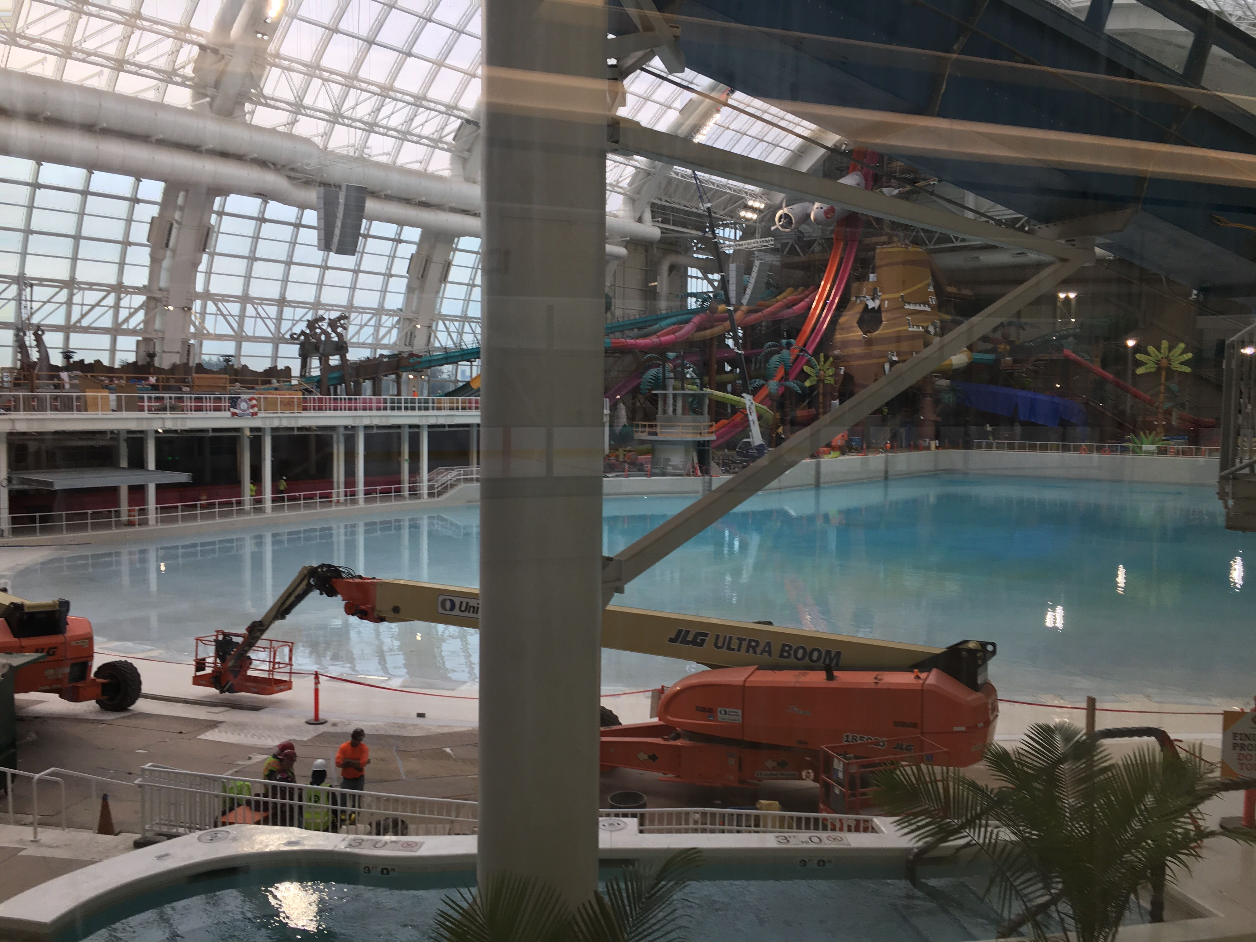 DreamWorks Water Park at American Dream mall delays opening