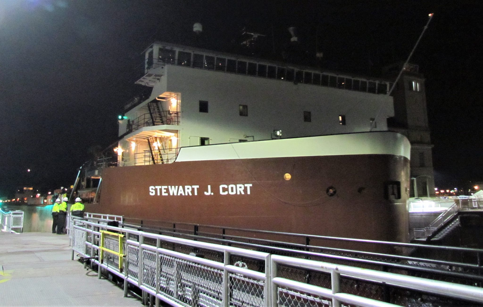 Soo Locks' first ship of 2019 is Great Lakes' first 1,000-foot freighter