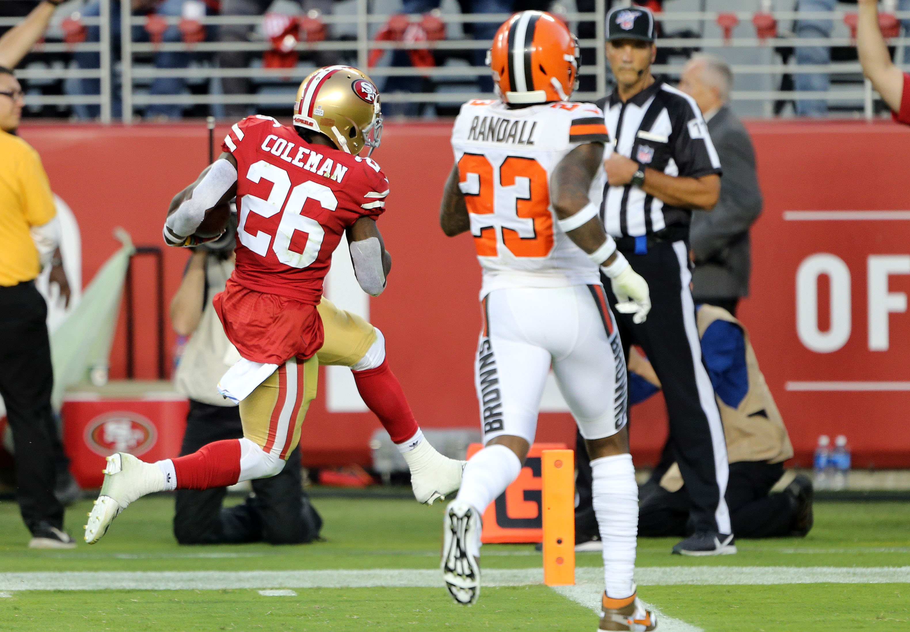 Browns look lost against 49ers on Monday Night Football