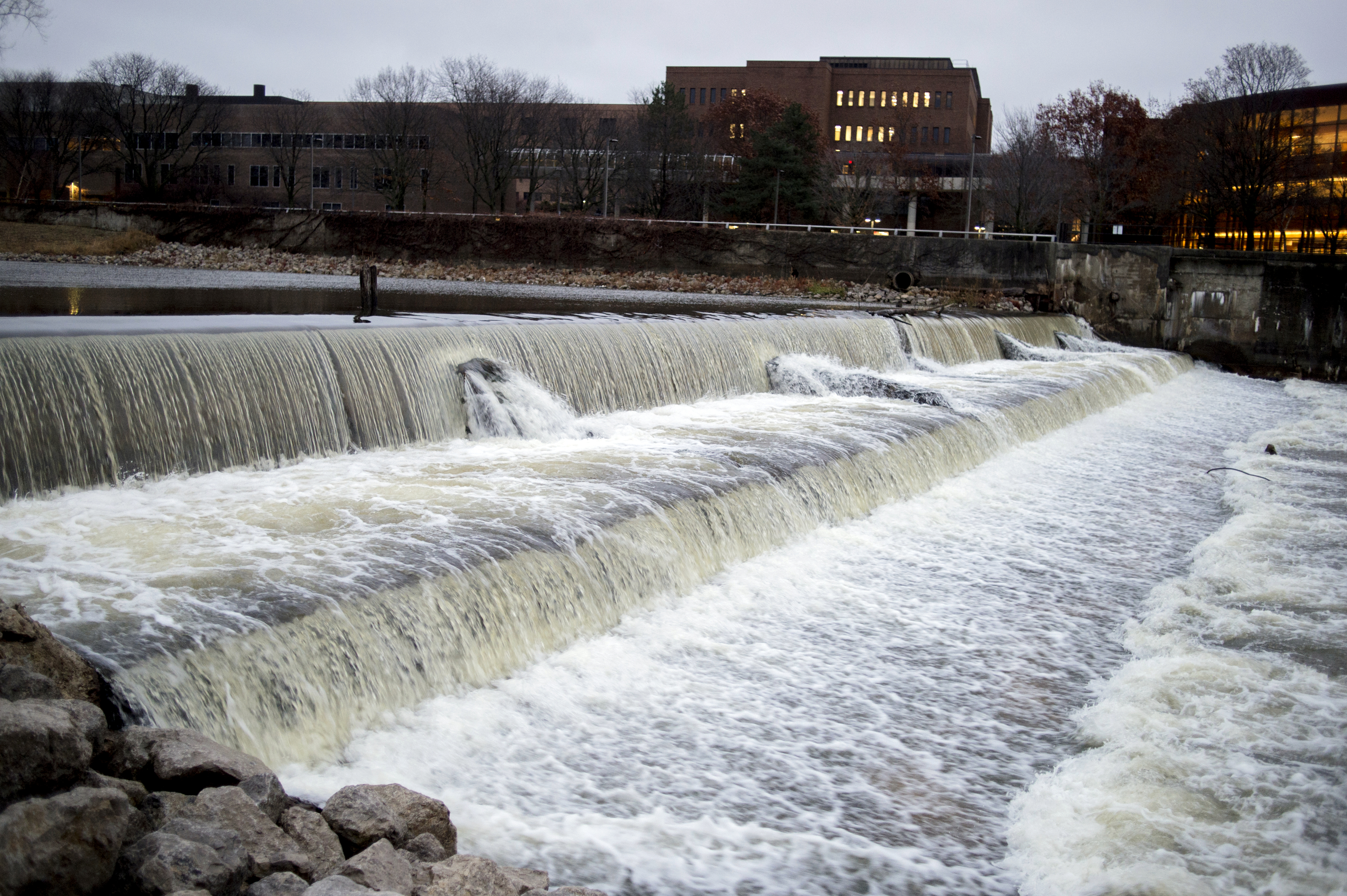 2.5 million gallons of partially--treated sewage spills into Flint River from Lapeer