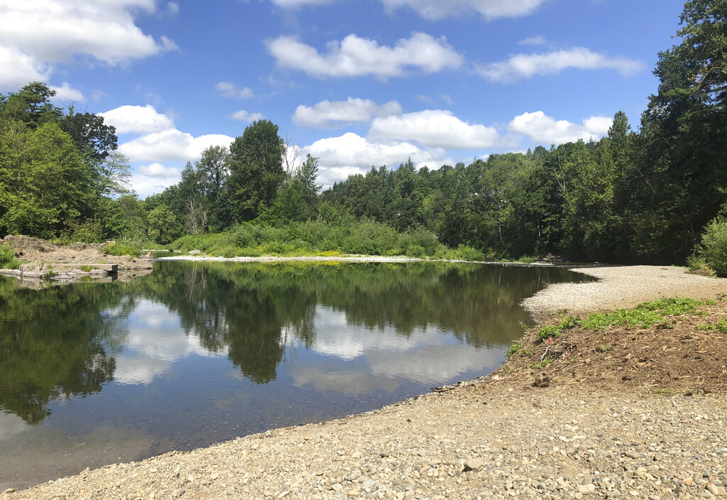Unidentified body pulled out of Washougal River on Monday