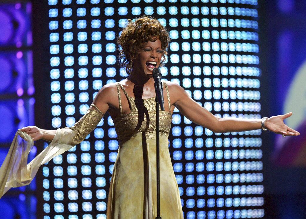 Whitney Houston's hologram tour looks terrifying and social media isn't having it