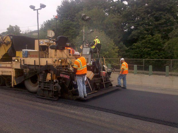 Portland metro Friday traffic: Rain extends I-5 paving project hours near Salem