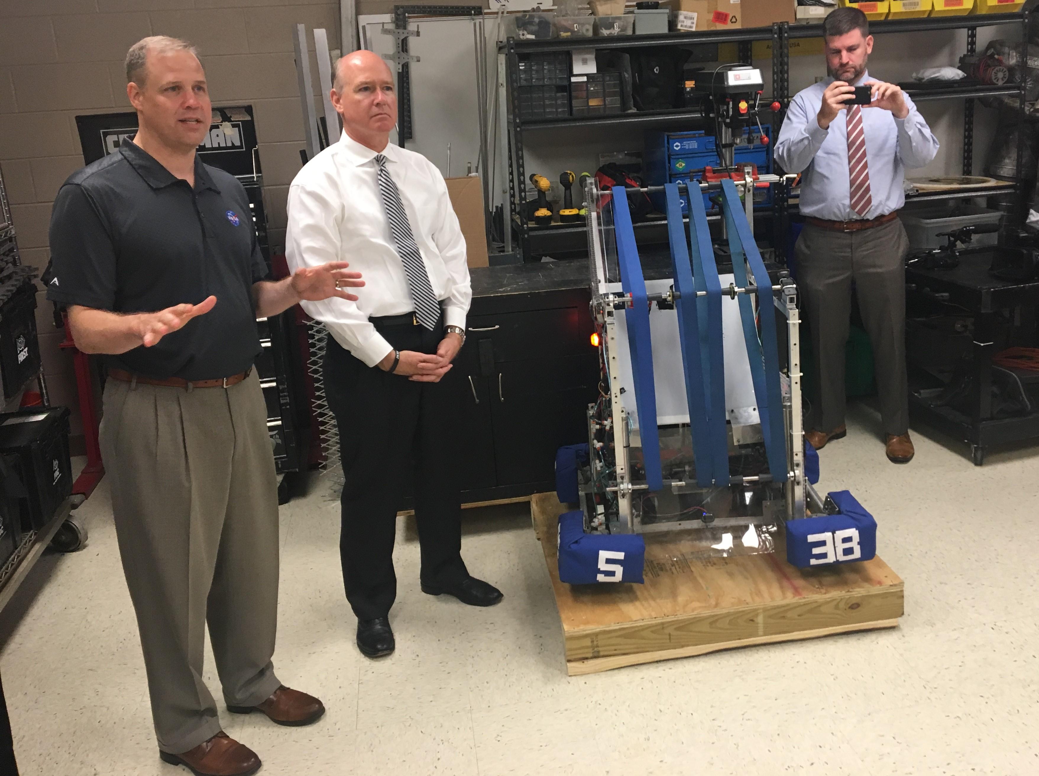 NASA boss visits Alabama school seeking brainpower for future space projects
