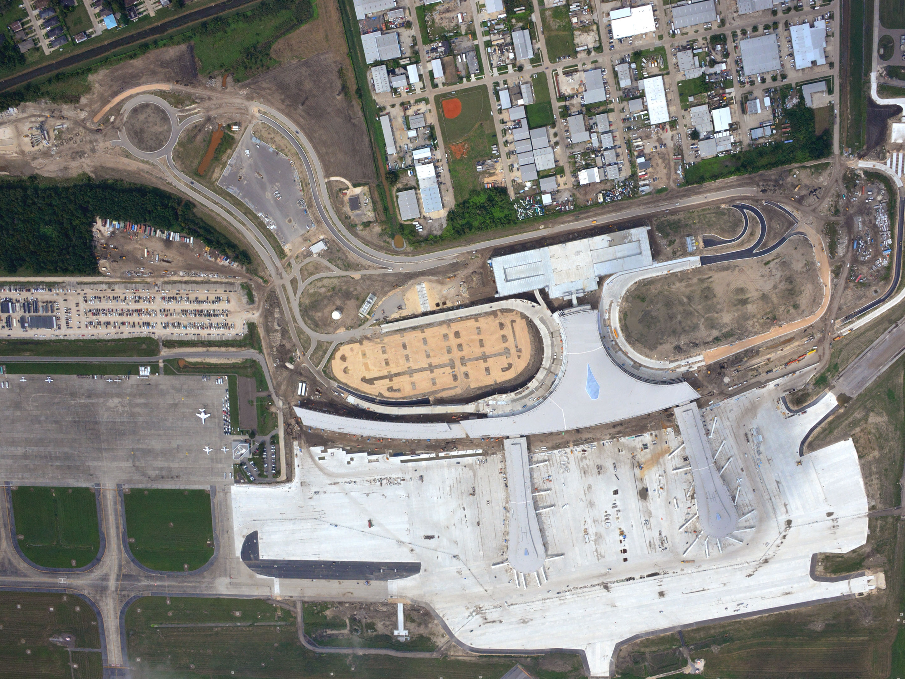 An October 2018 aerial image shows construction on New Orleans' new airport terminal. The terminal is set to open in May 2019.
