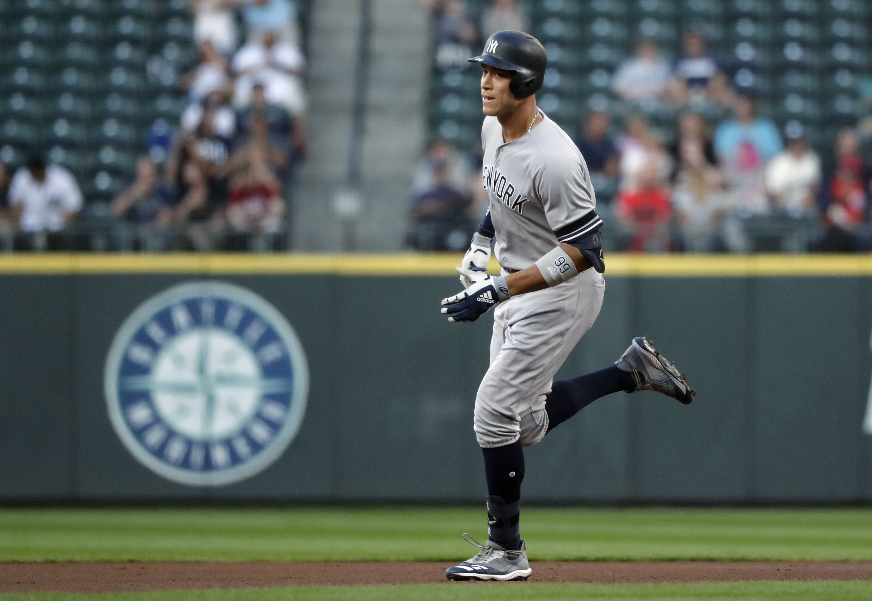 Yankees' Aaron Judge becomes third-fastest to 100 home runs