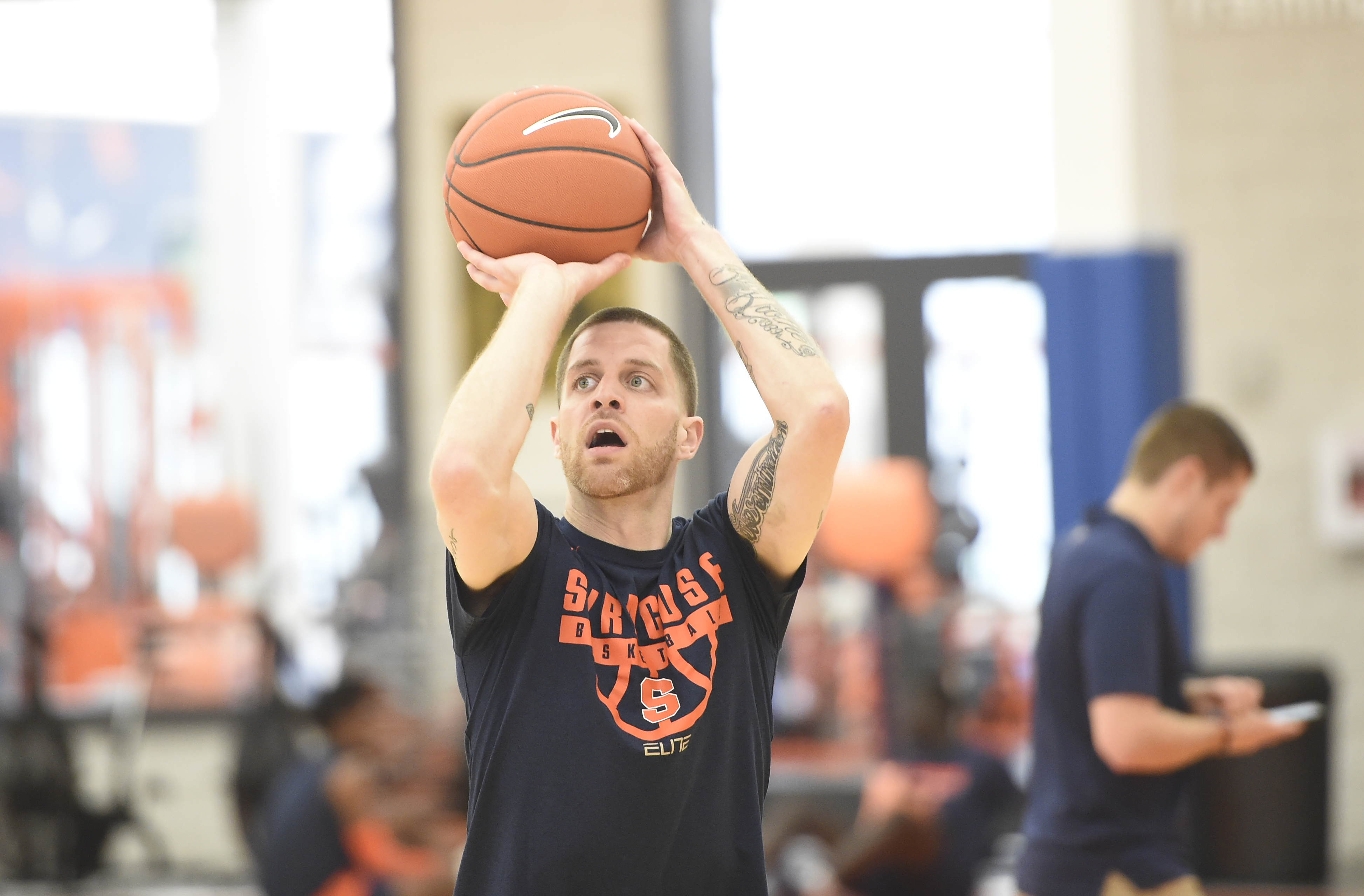 Eric Devendorf leaving Detroit Mercy; behind the scenes of TBT; more