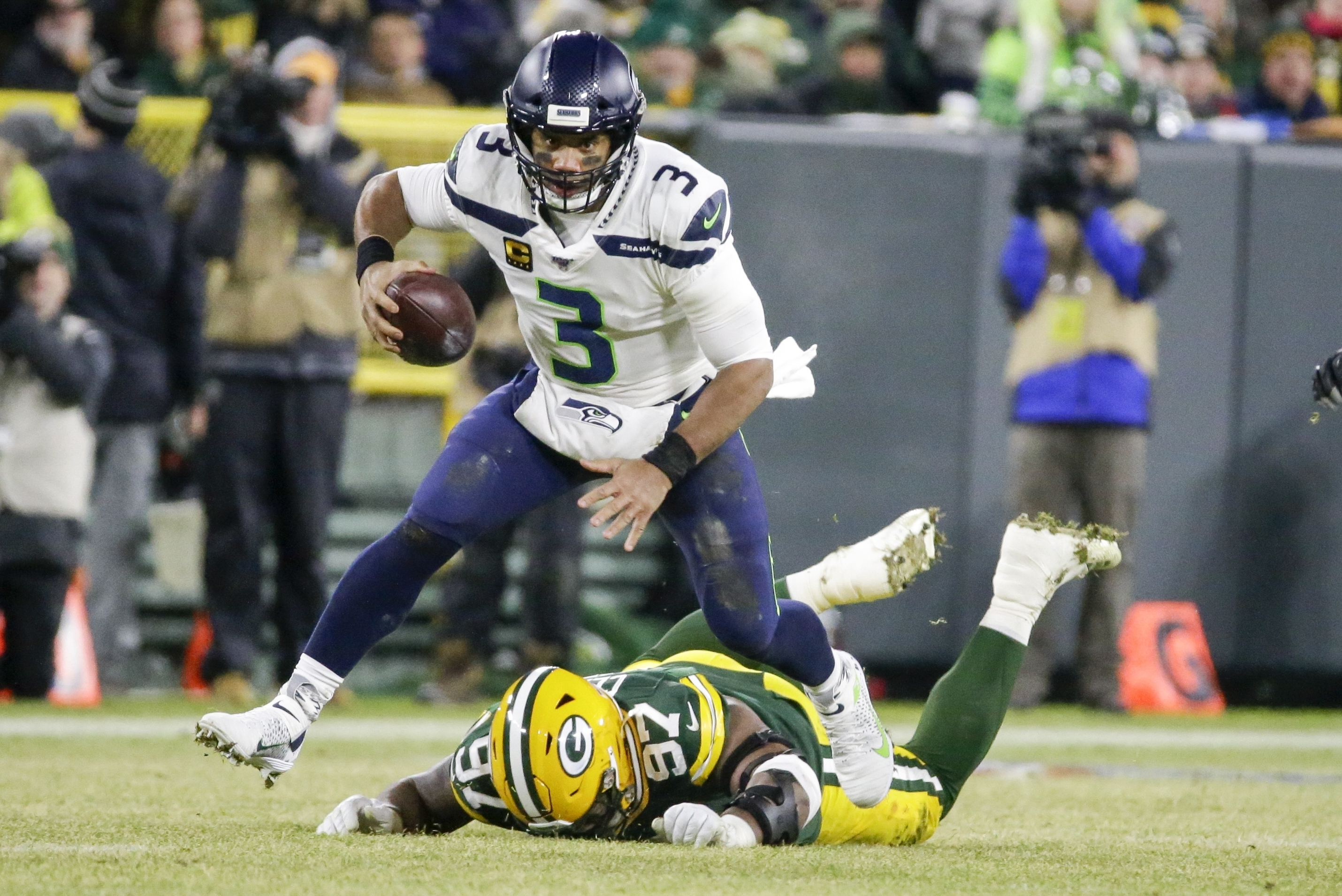 「seattle seahawks green bay packers divisional playoff」の画像検索結果
