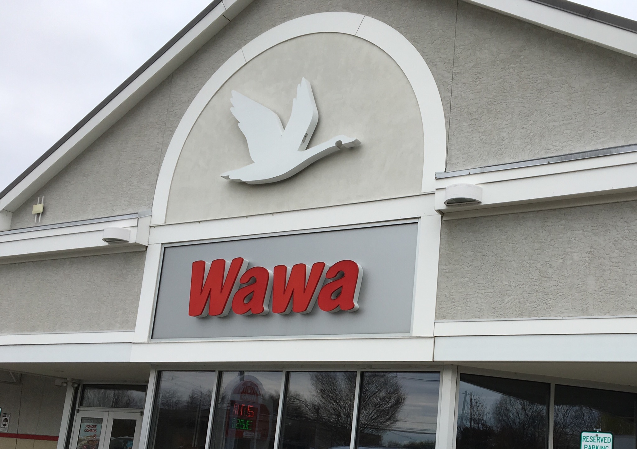 Before Wawa found data breach exposing customers' information, credit card company warned it could happen