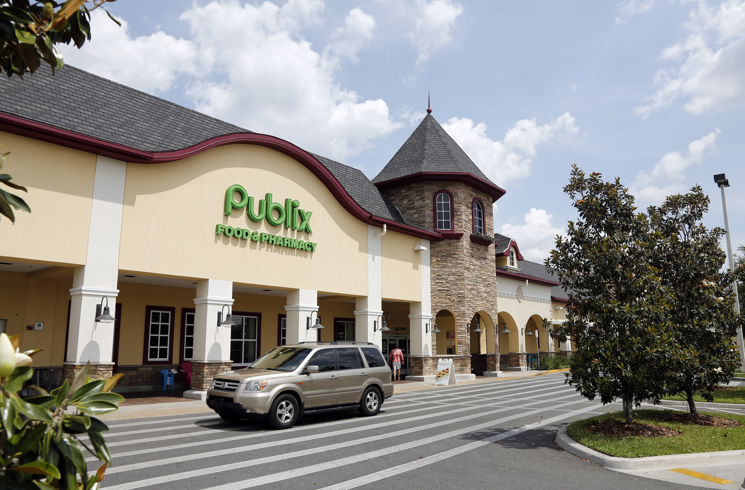 Publix asks customers not to openly carry guns