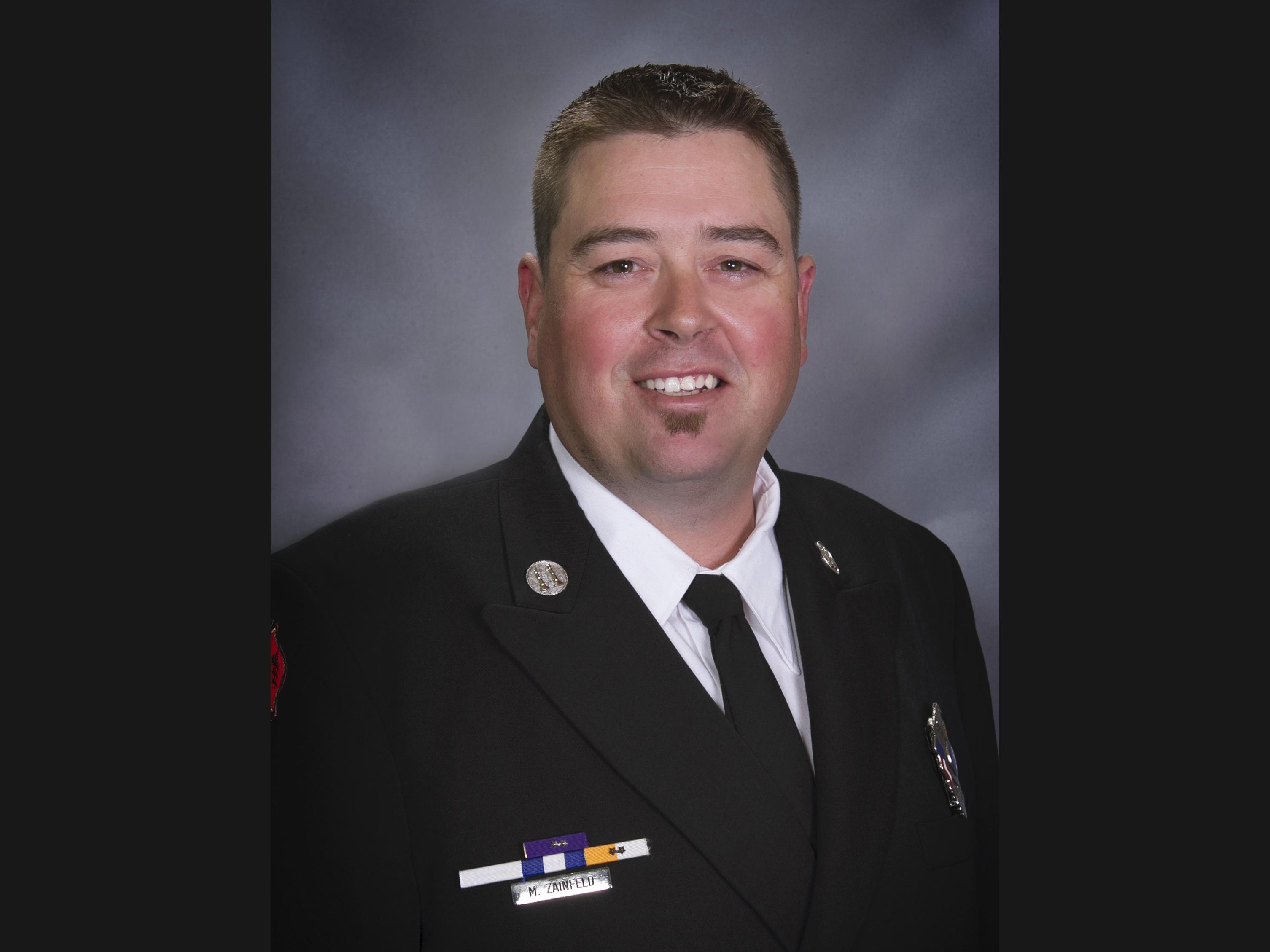 Cowlitz Fire battalion chief dies in line of duty