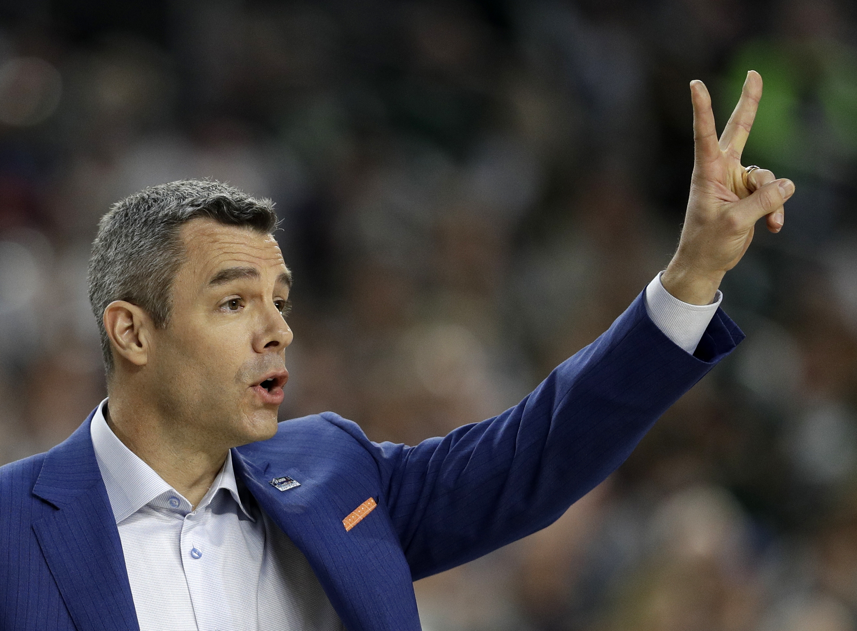 Virginia's Tony Bennett on opener at Syracuse: 'That zone in that setting?'