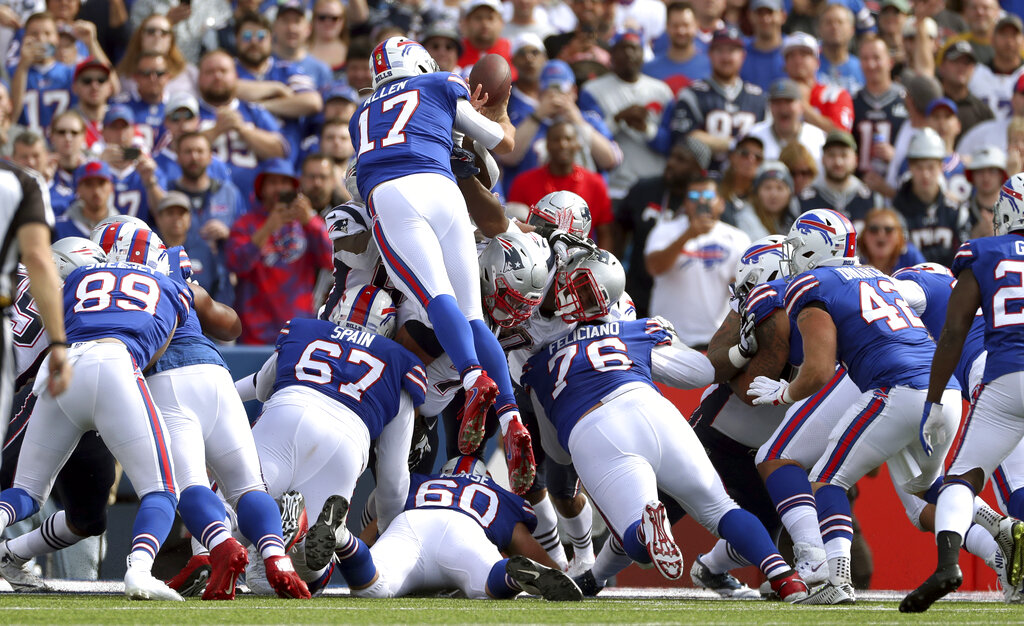 NFL analyst predicts Buffalo Bills will play New England Patriots in AFC Championship Game