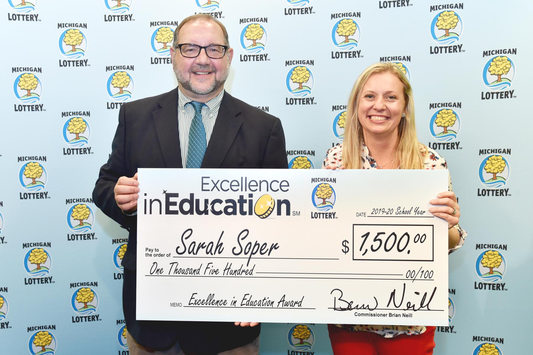English teacher wins $1,500 award, $500 for her Jackson school