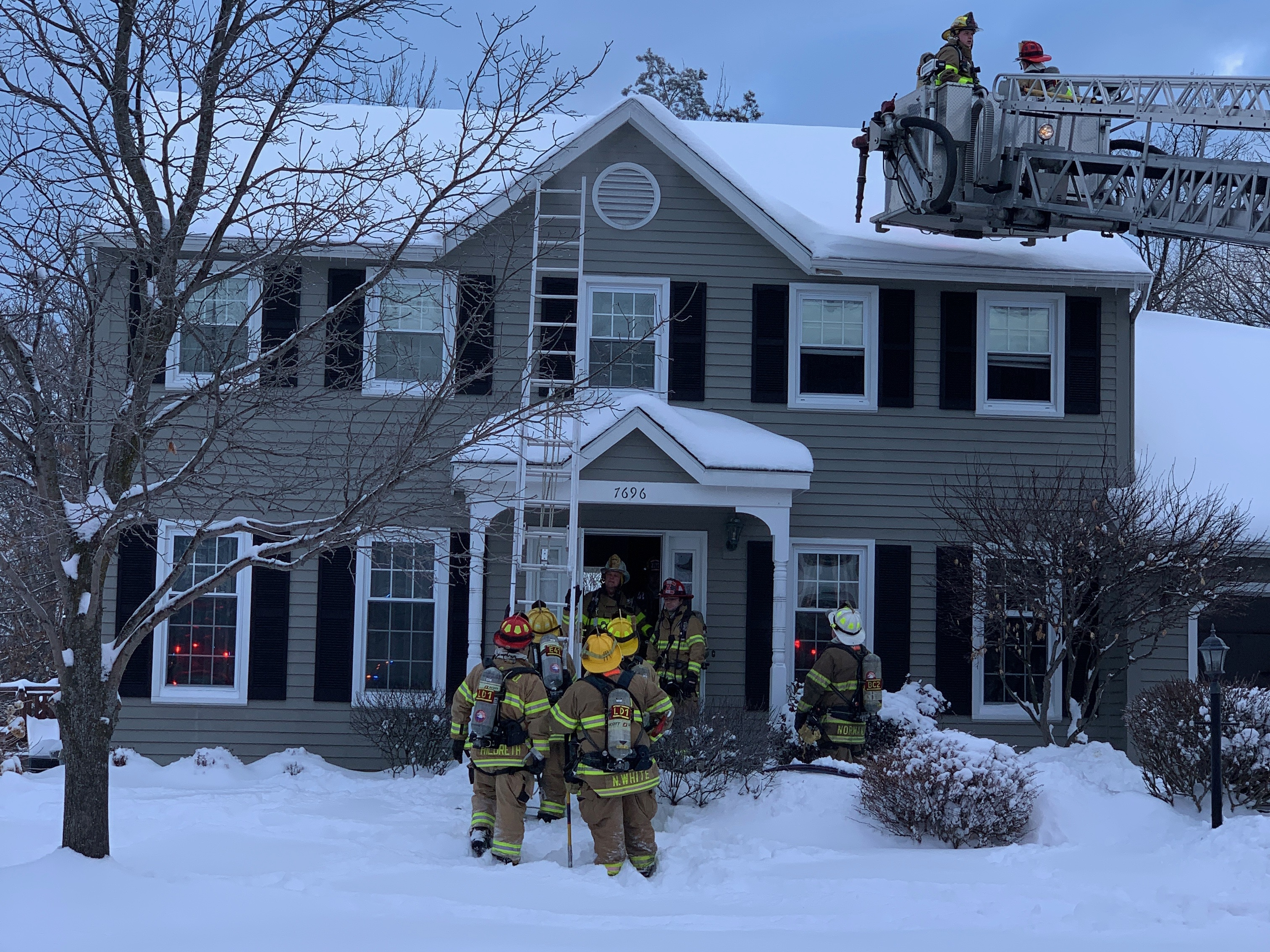 Family safely leaves home after Clay attic fire