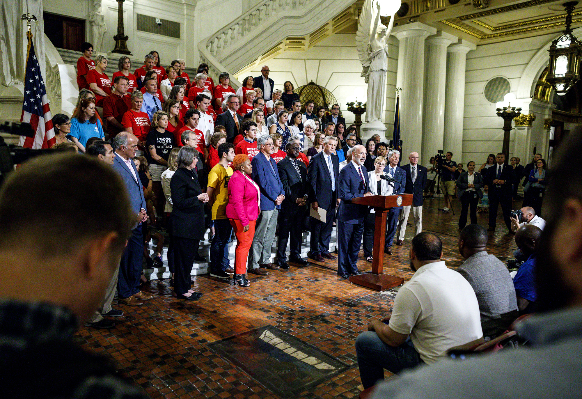 Gov. Wolf, Sen. Casey host remembrance event for victims of gun violence