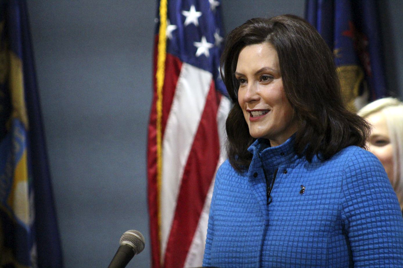 Gatherings Of 10 Or Less Retail By Appointment Allowed Under New Whitmer Order Mlive Com