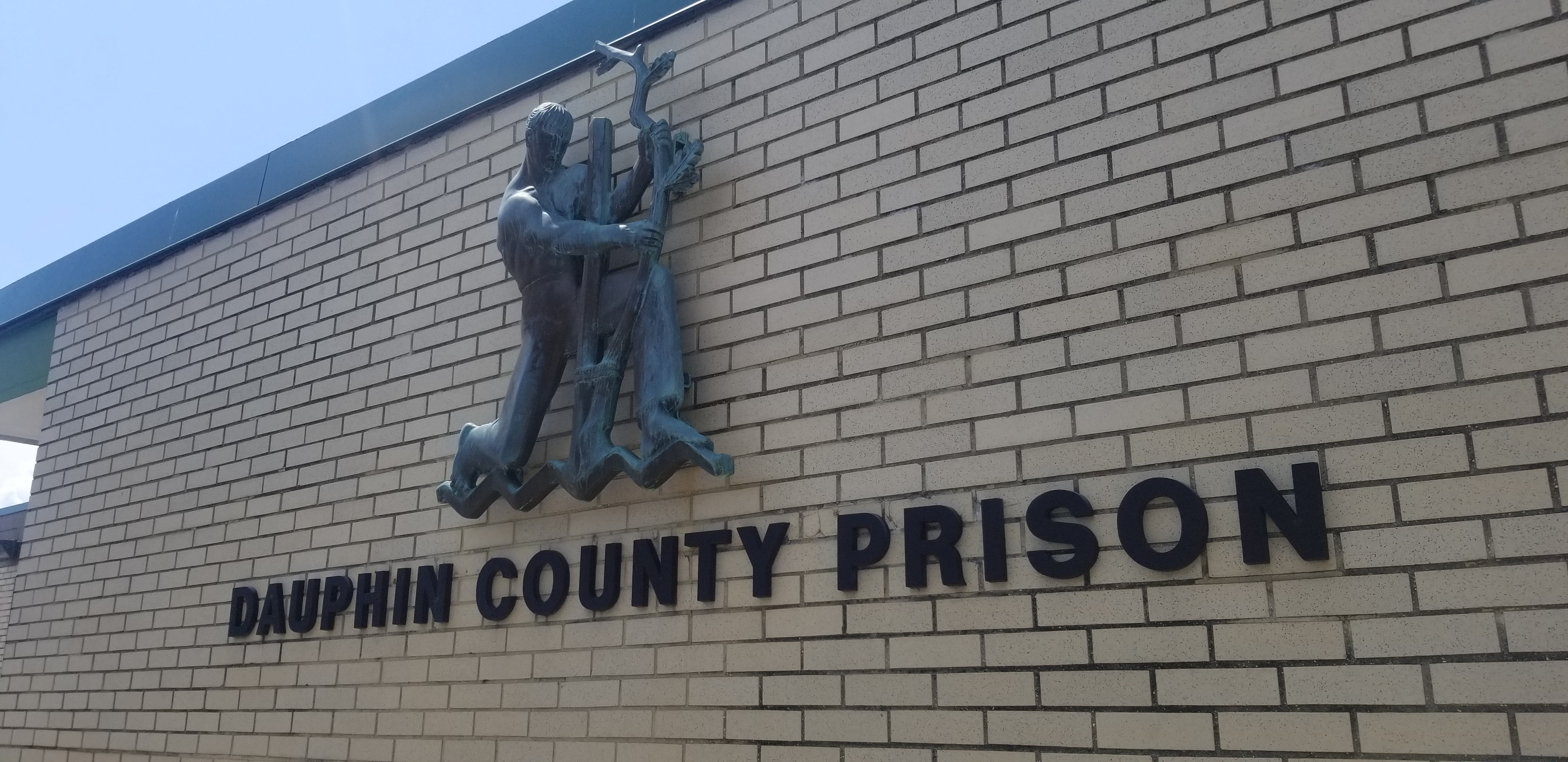 Dauphin County prisoner survives suicide attempt