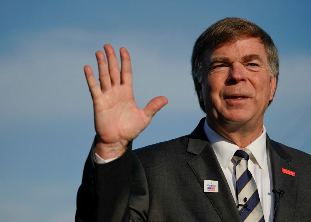 Huntsville mayor Tommy Battle again vetoes salary increase