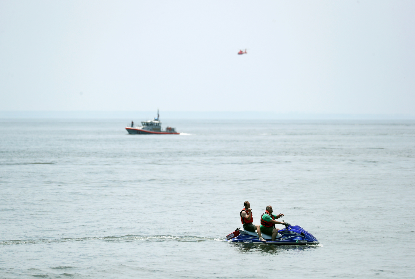 Witnesses saw doomed plane flying low, diving before plunging into the ocean, killing the pilot