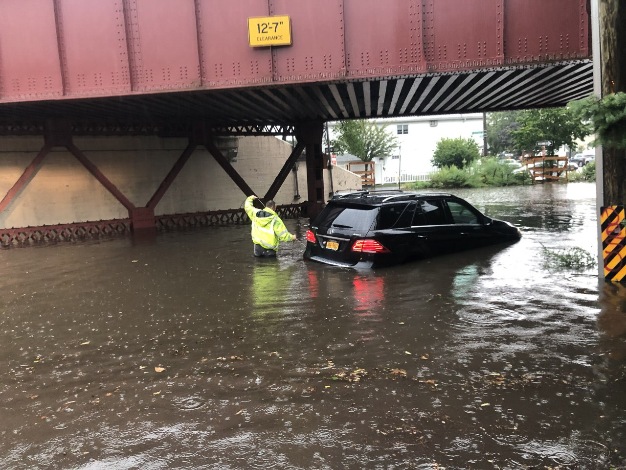 Thunderstorm turns Staten Island roads into rivers; multiple outages reported