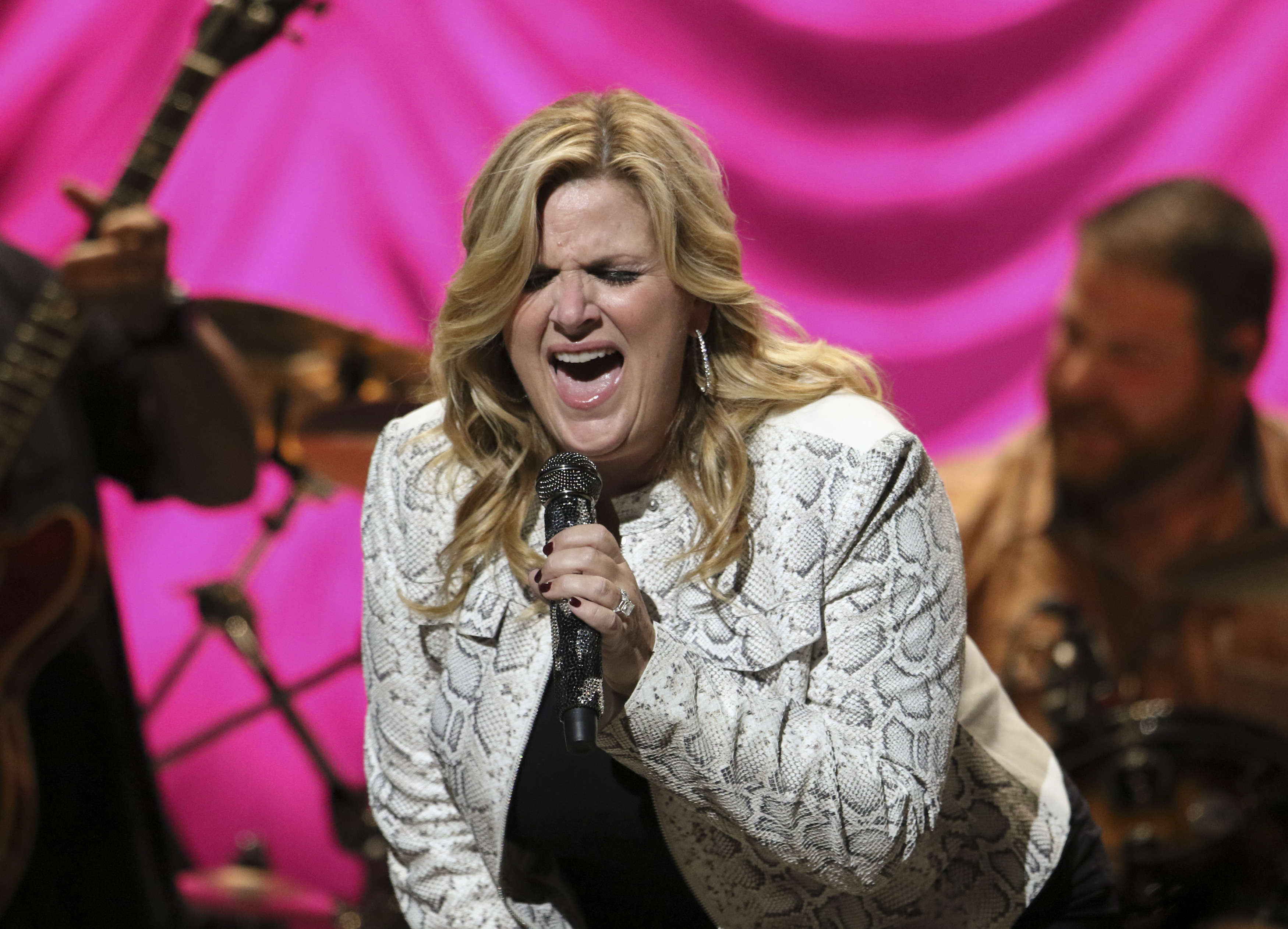 Trisha Yearwood Continues To Make Her Own Way With Every Girl