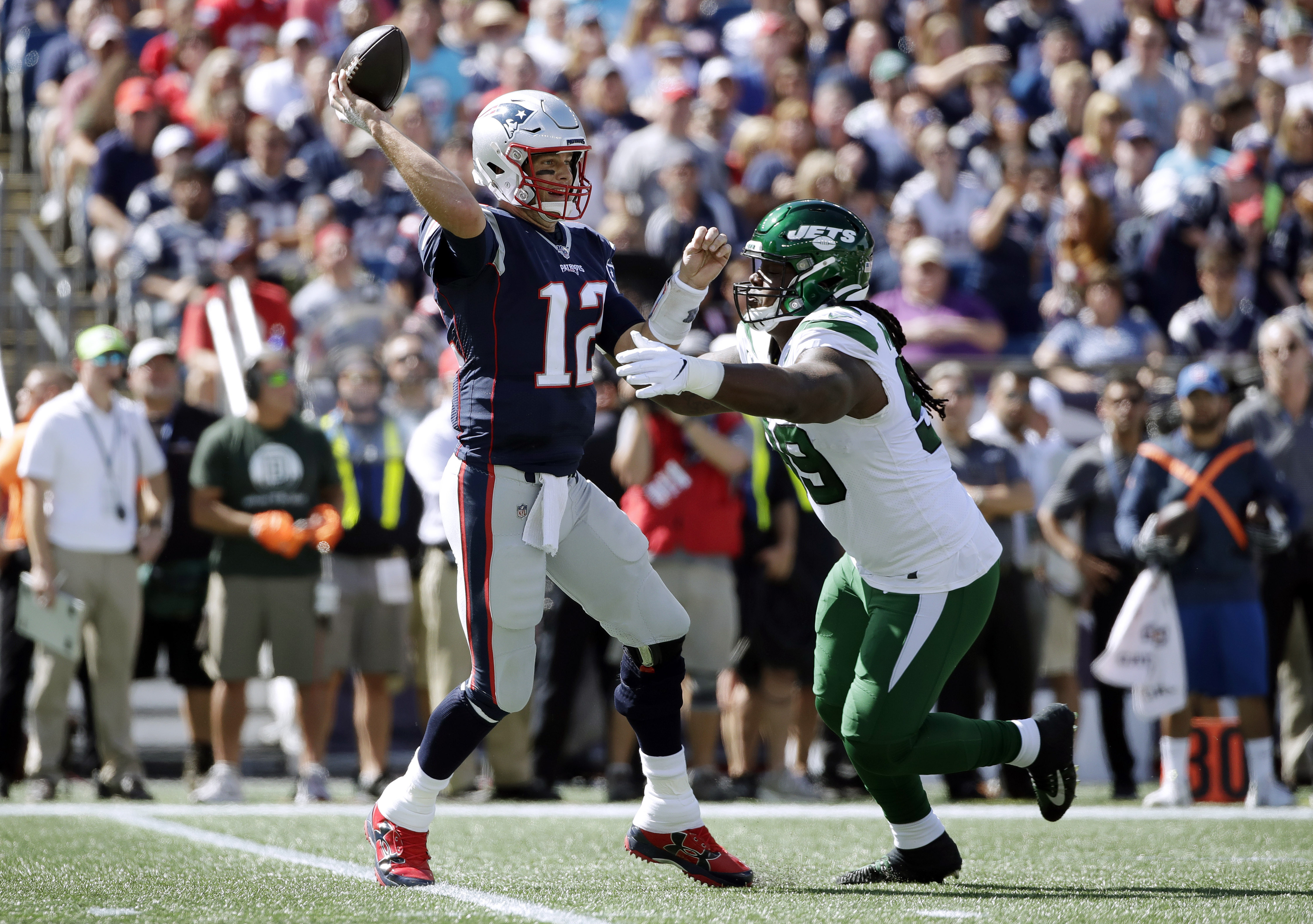 5 most embarrassing parts of Jets' predictably lifeless loss to Patriots