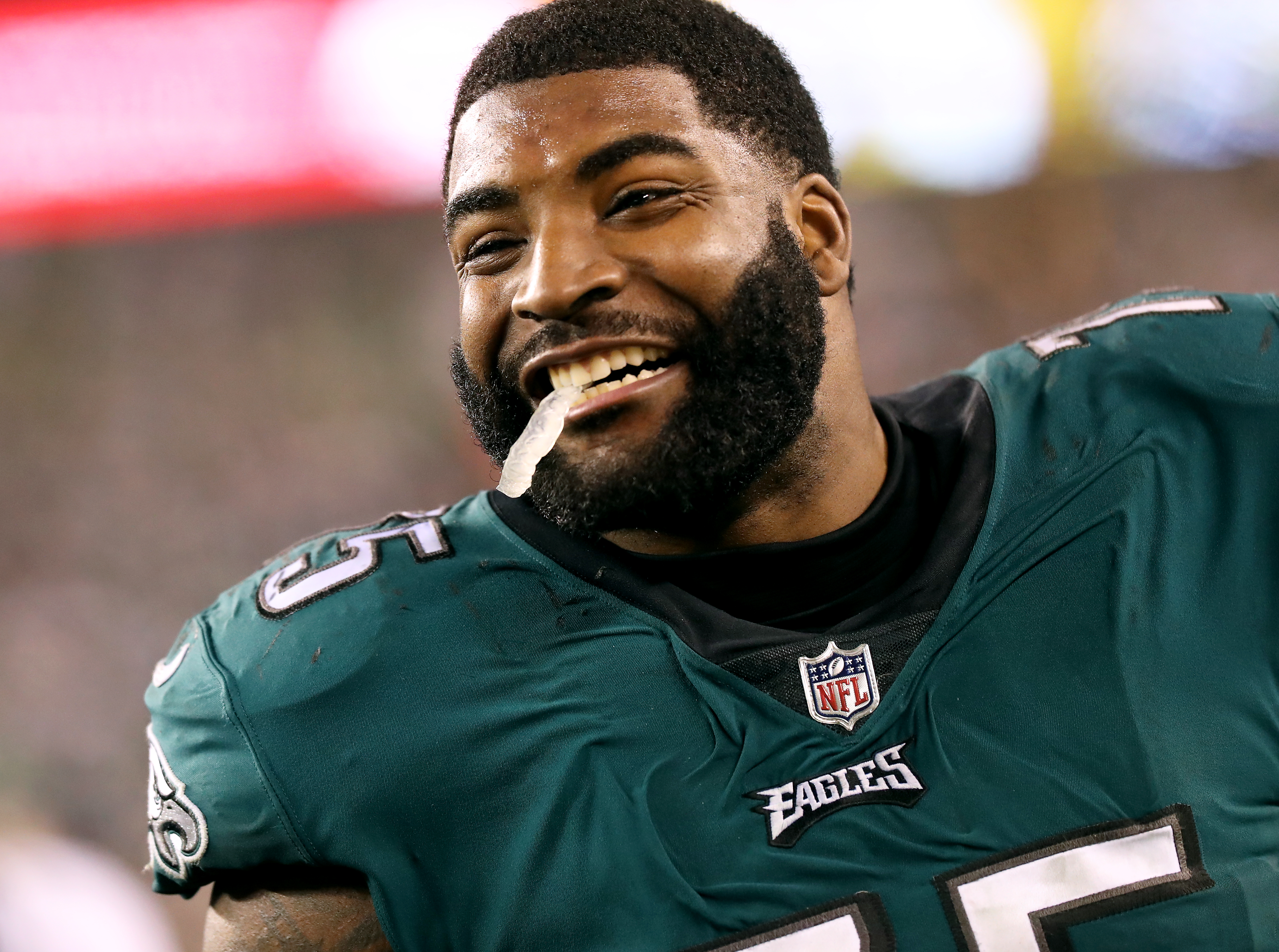 NFL rumors: Vinny Curry took less money than Giants offered to return to Eagles