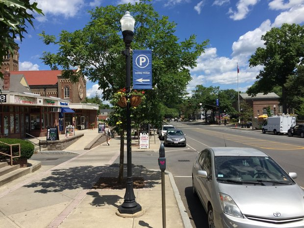 Amherst questions replacing coin-operated parking meters with kiosks