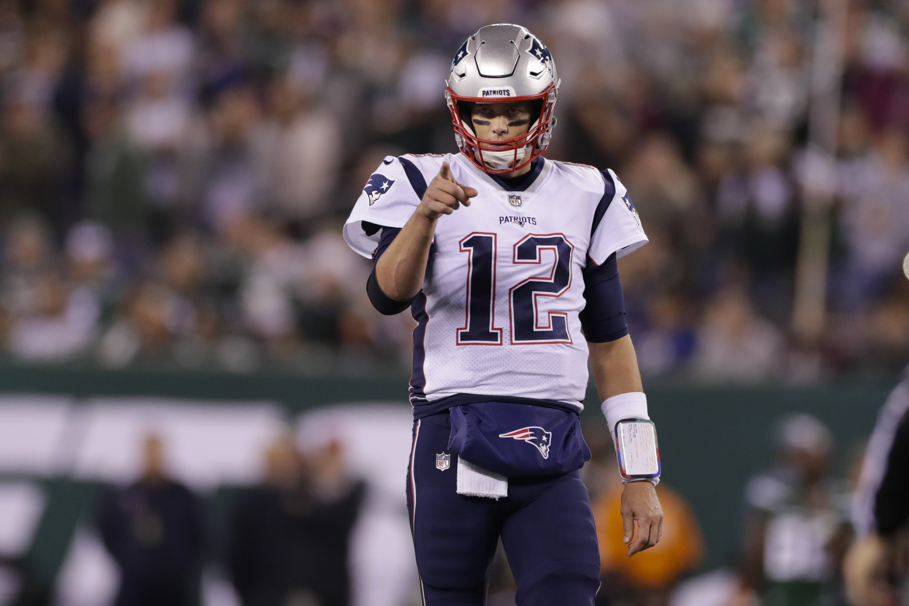 NFL rumors: Patriots' Tom Brady fuels rumors he will leave New England after this season