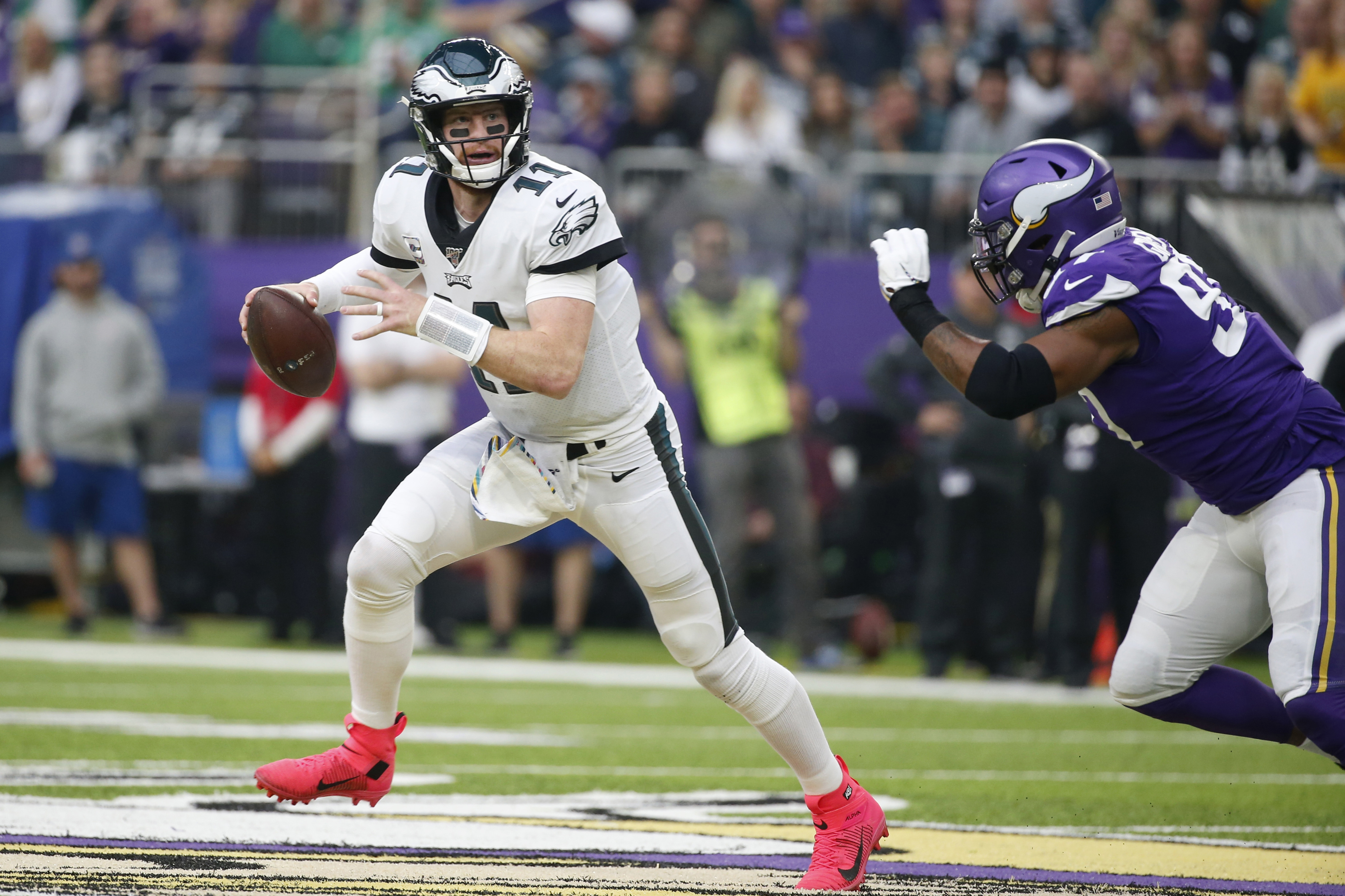 Eagles' Carson Wentz's strong showing isn't enough to overcome multiple blunders in loss to Vikings | Week 6 QB report card