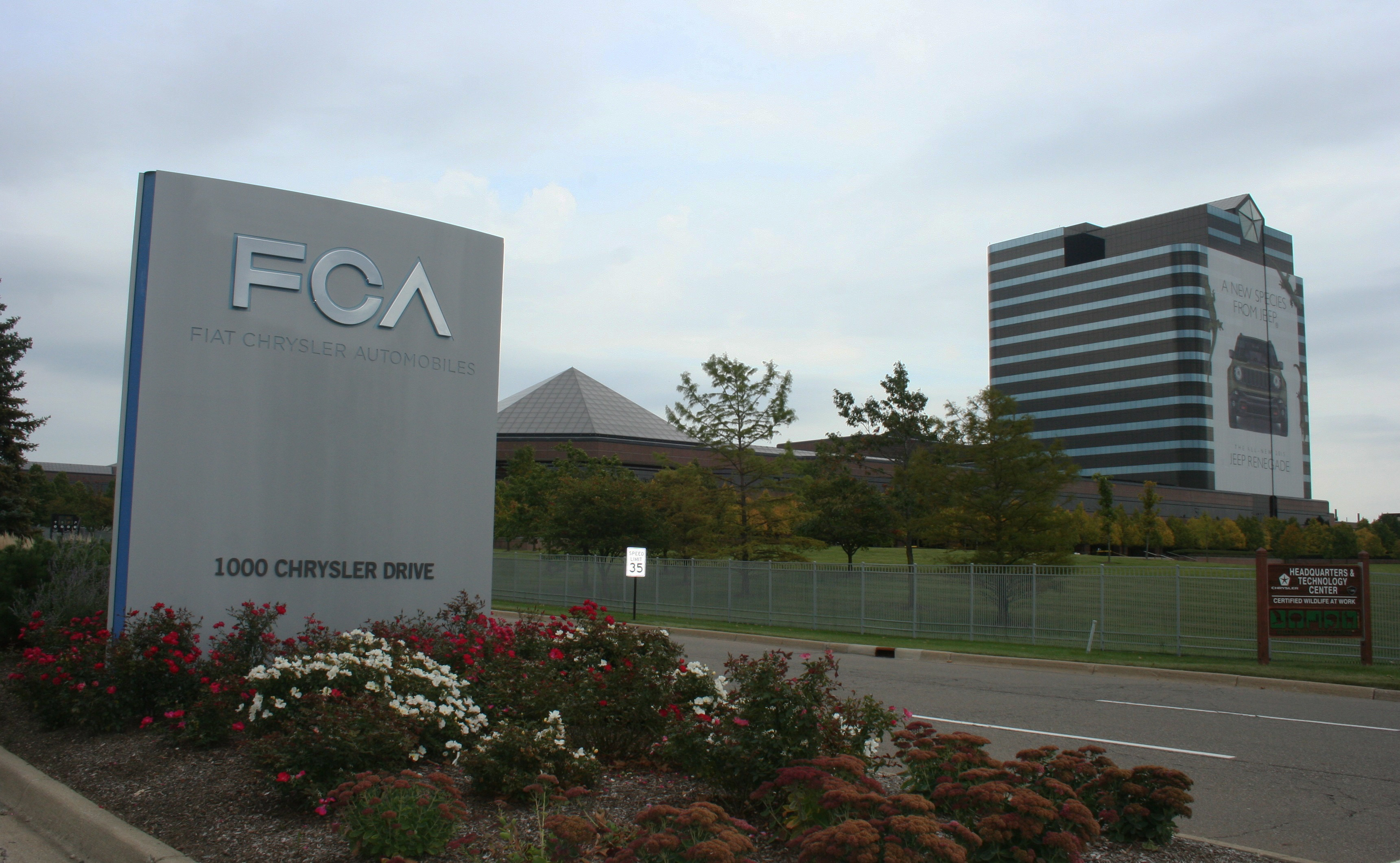 Fiat Chrysler eyes massive merger with Renault to create world's 3rd biggest automaker