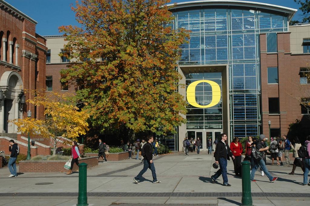 Oregon's public university workers vote to authorize strike