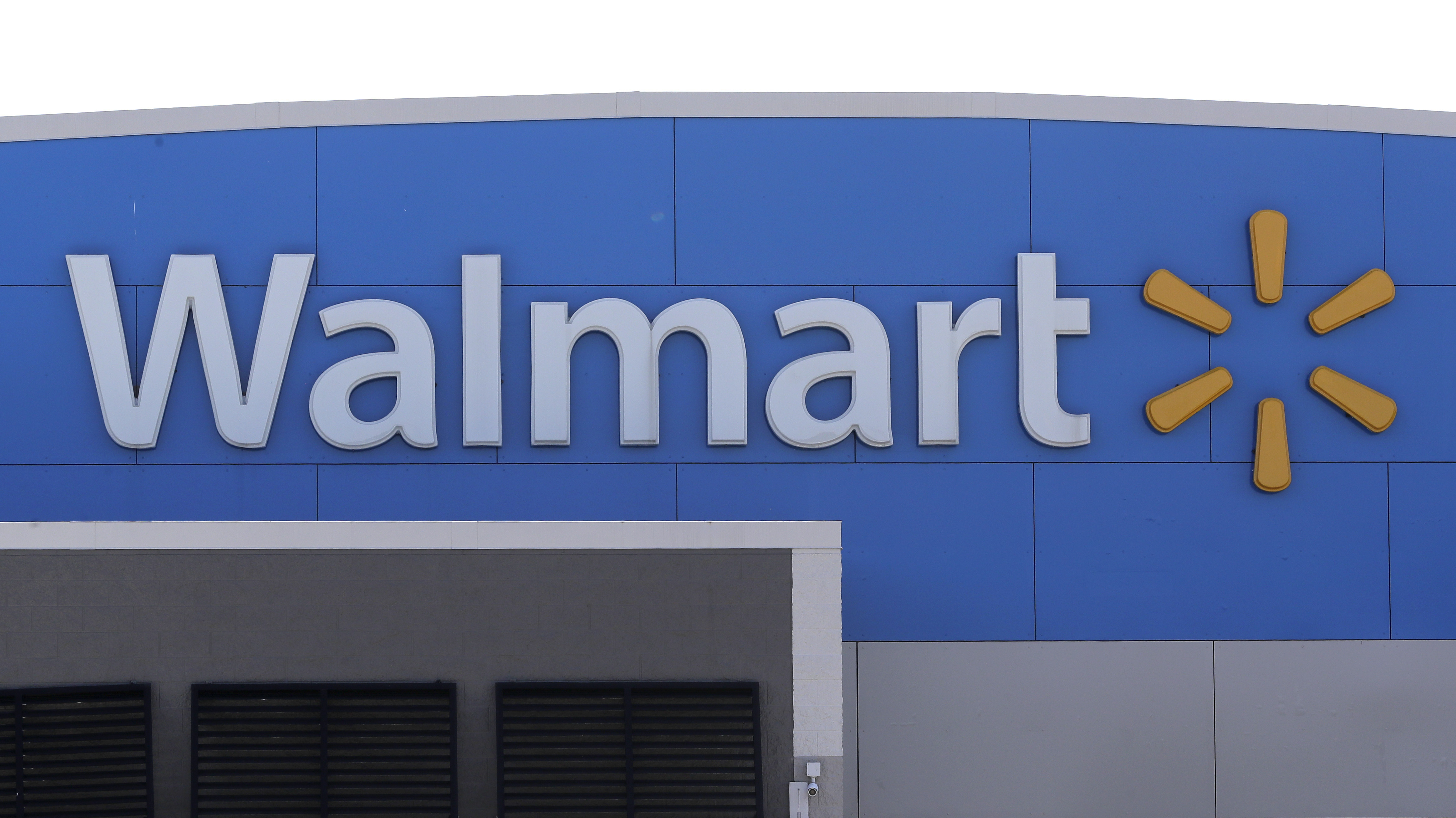 Walmart now offers gym memberships to employees