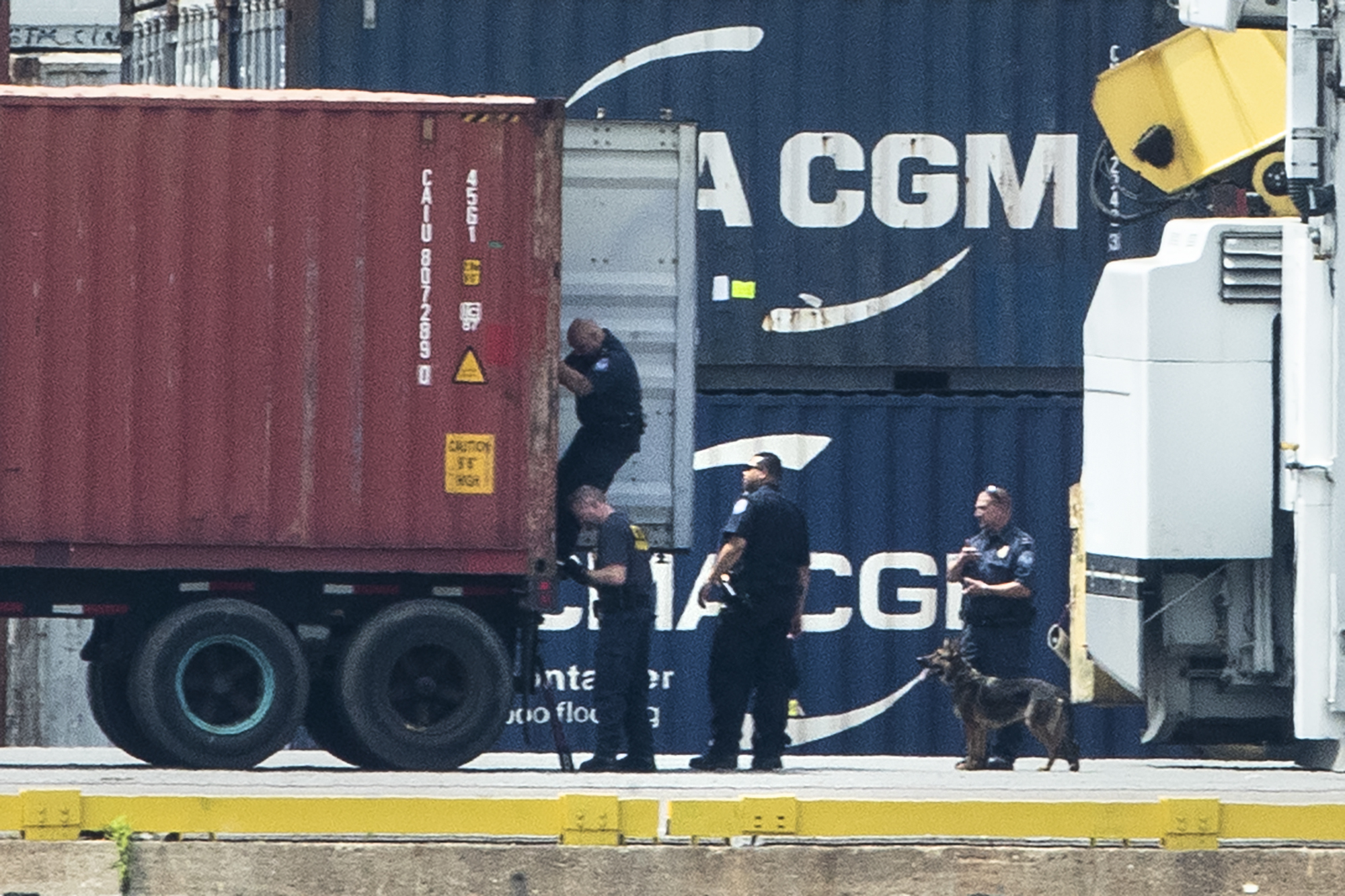 Over $1 billion worth of cocaine seized by feds at Philadelphia port