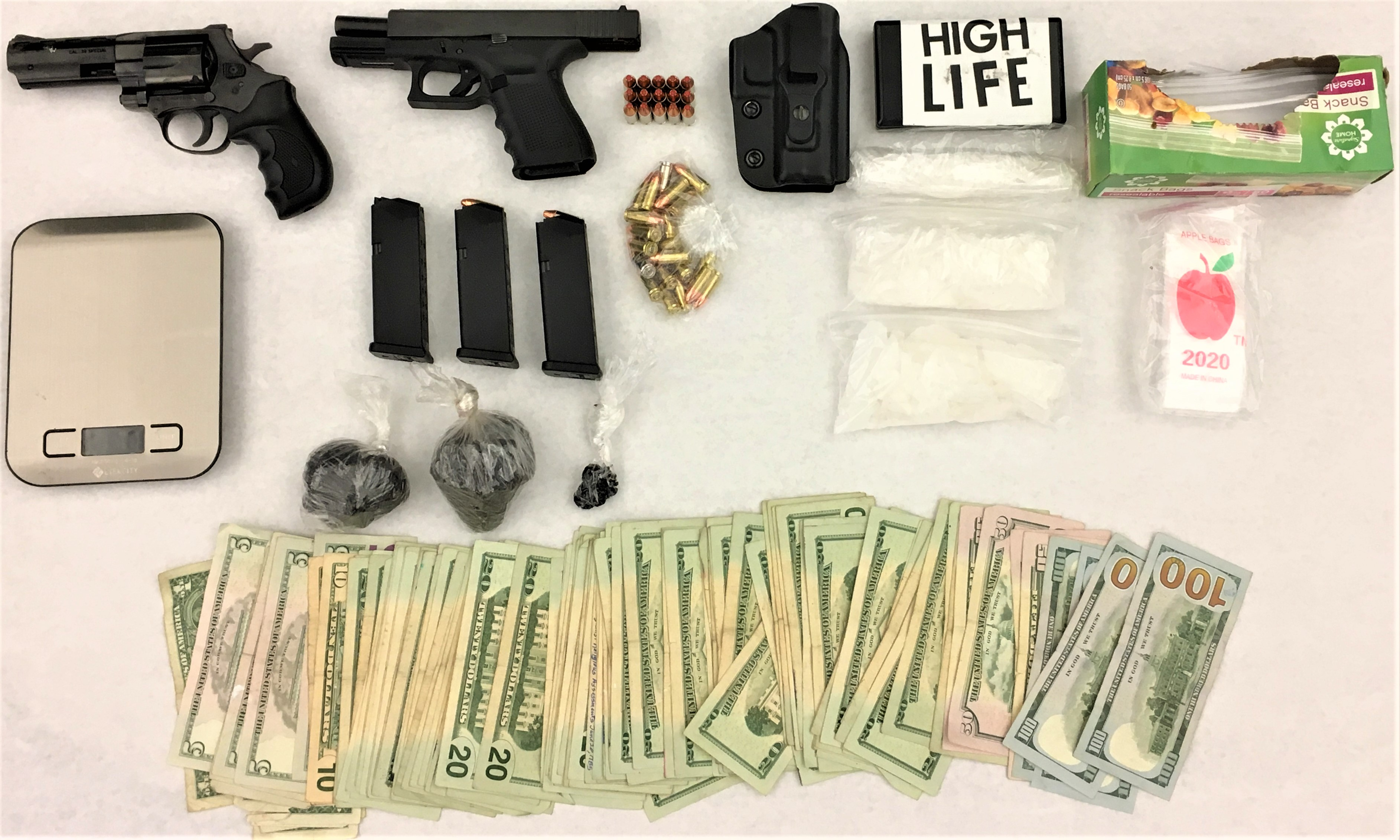 Suspected drug dealer arrested in Lloyd District with large cache, police say
