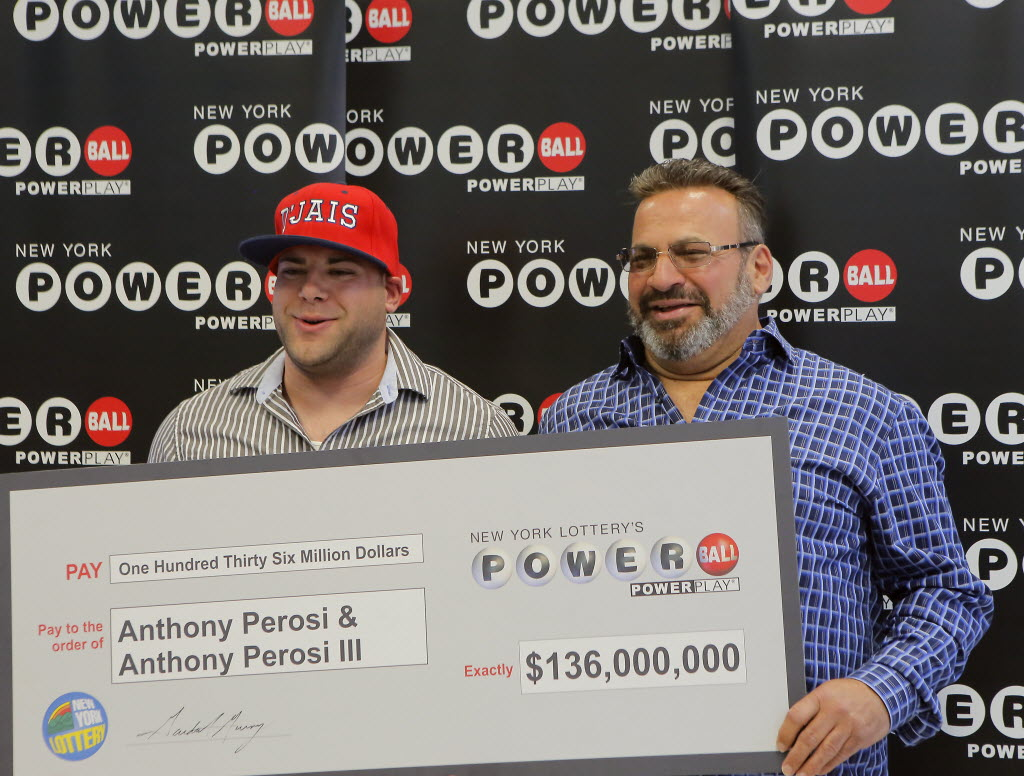 Anthony Perosi III, left, is pictured with his father, Staten Islander Anthony Perosi, after winning a $136 million Powerball jackpot in 2015.