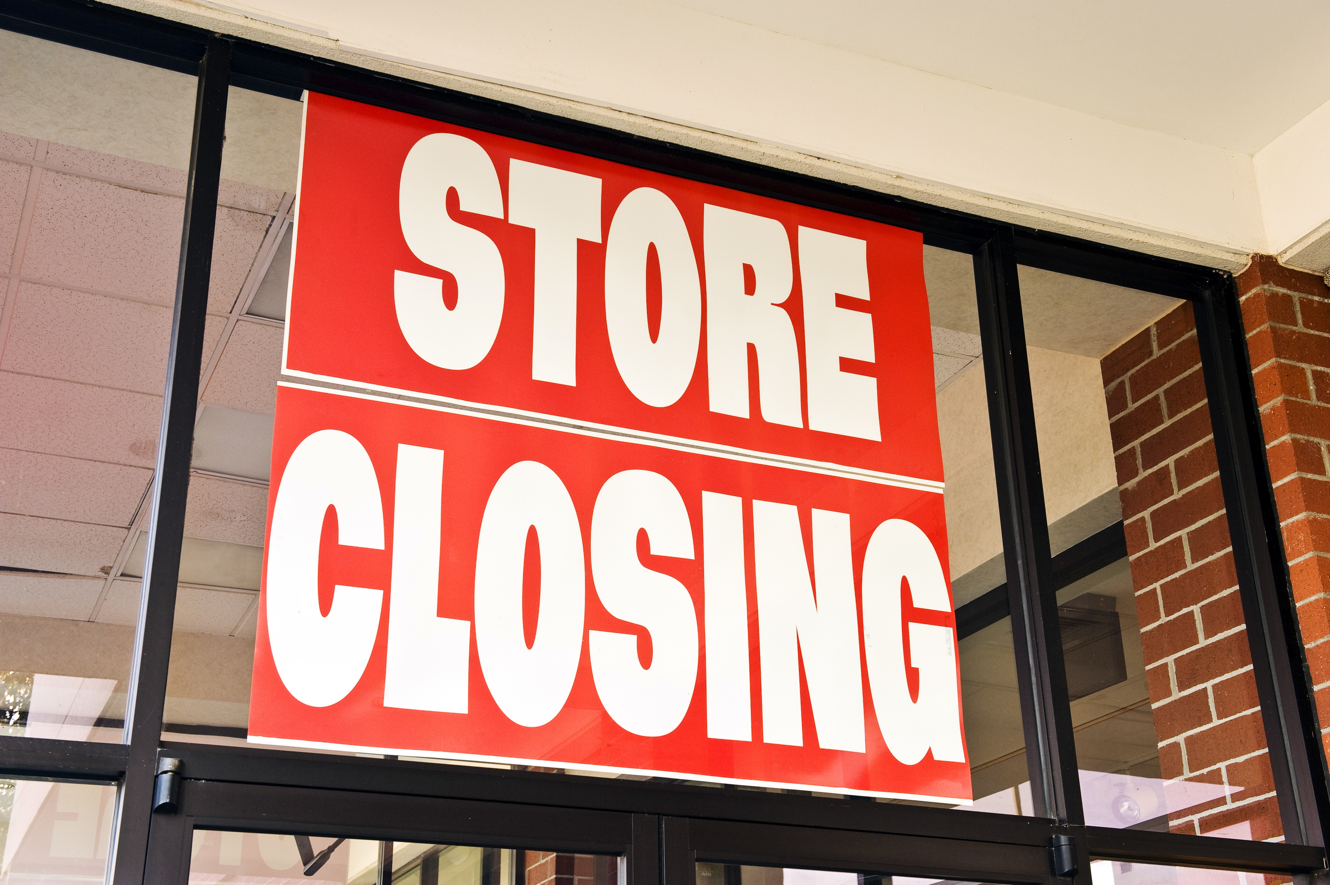 From Pier 1 Imports to Macy's, A.C. Moore, Sears and Kmart: These retailers are closing stores this year