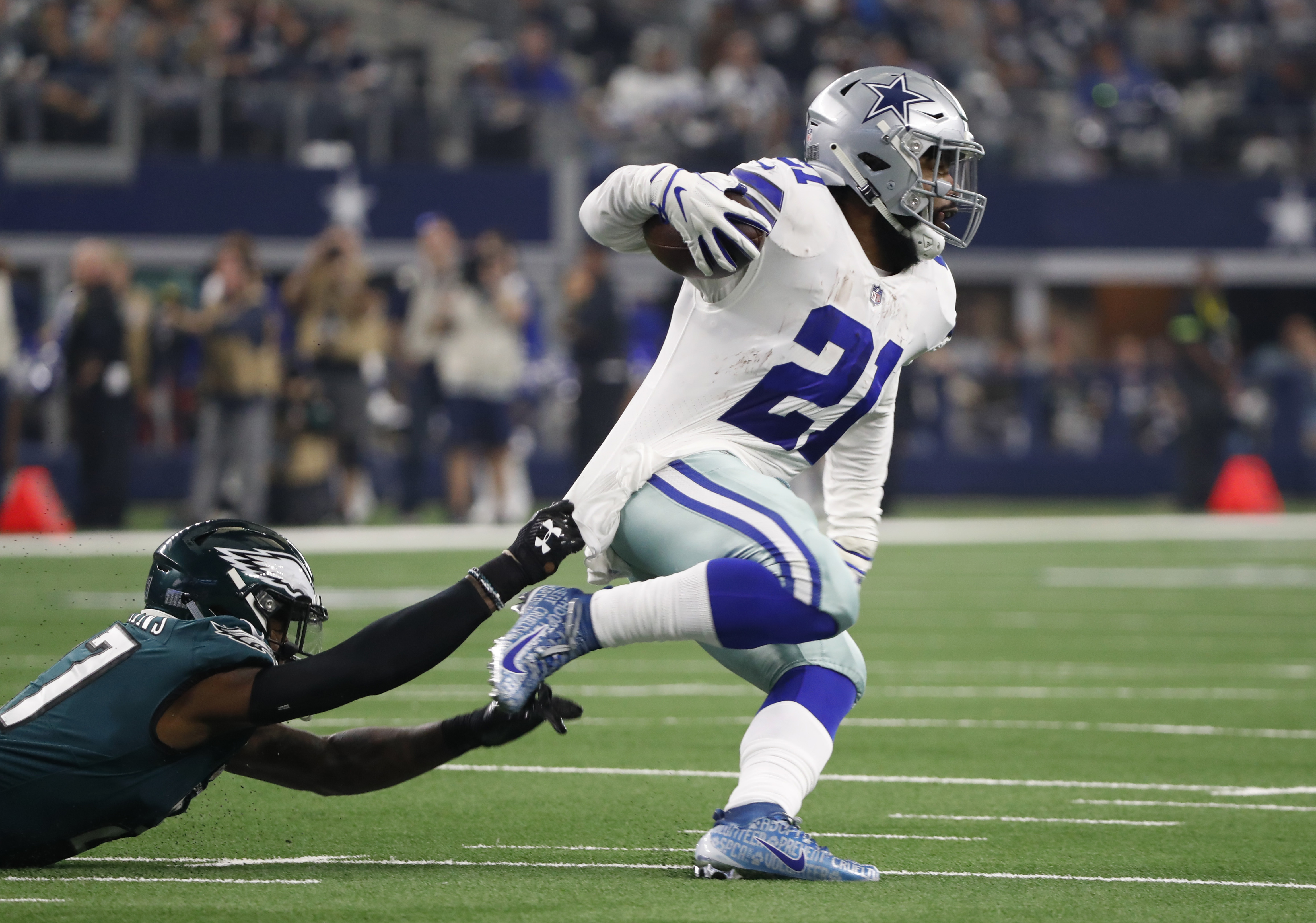 Philadelphia Eagles at Dallas Cowboys: 4 things that stand out about the Cowboys