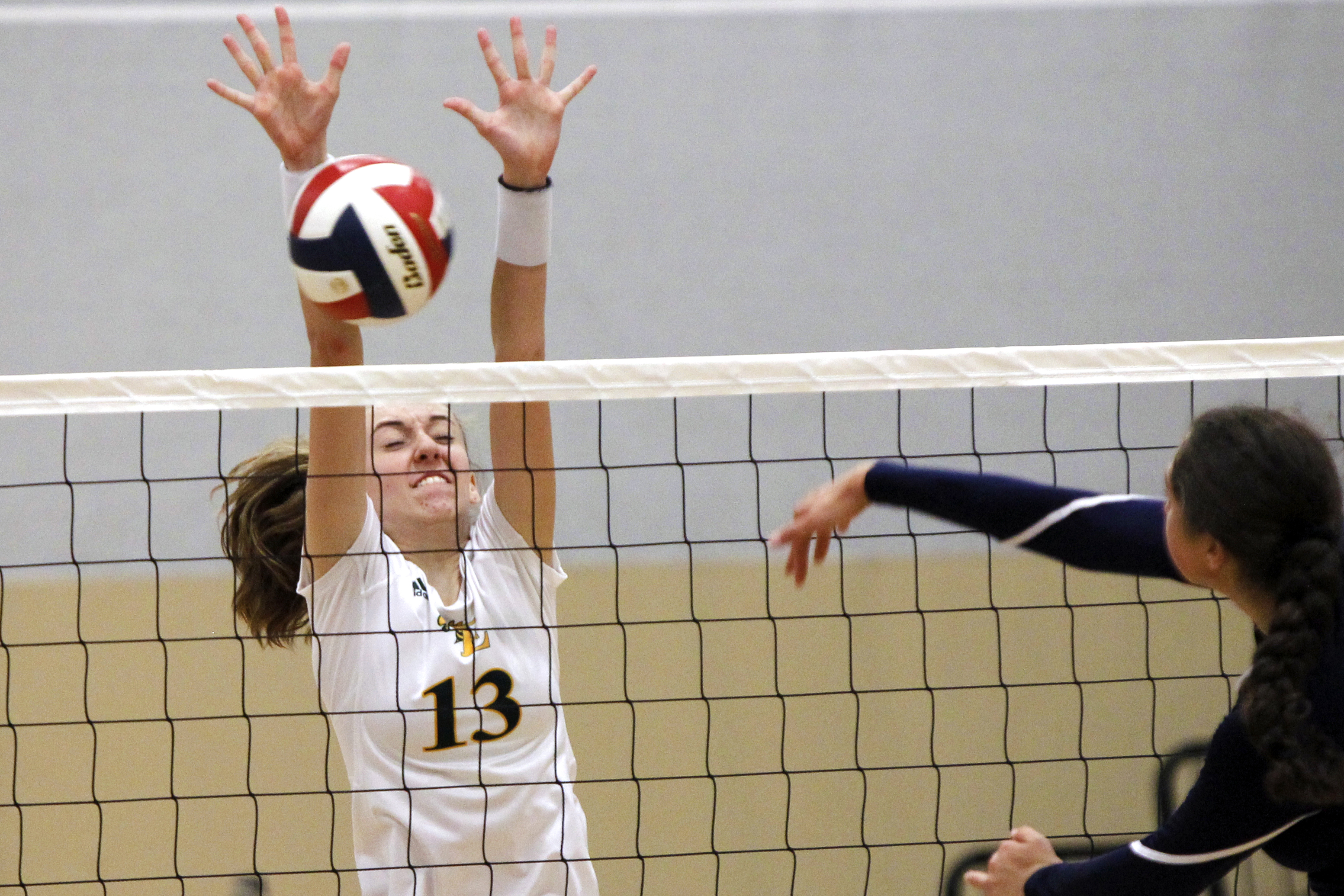 Girls volleyball rankings: This is truly a tangled mess
