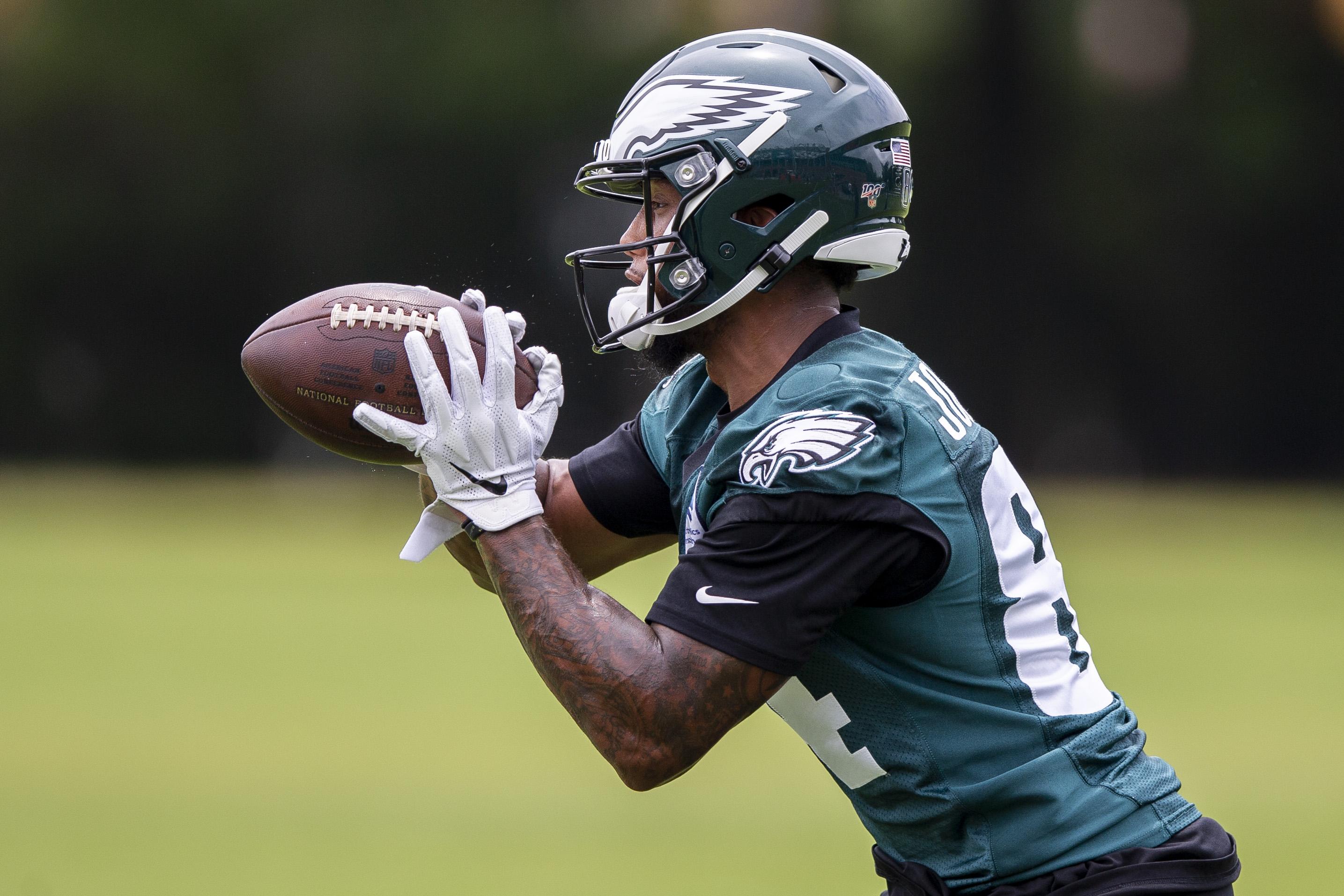 NFL roster moves: Eagles place former AAF WR on injured reserve, sign rookie OT
