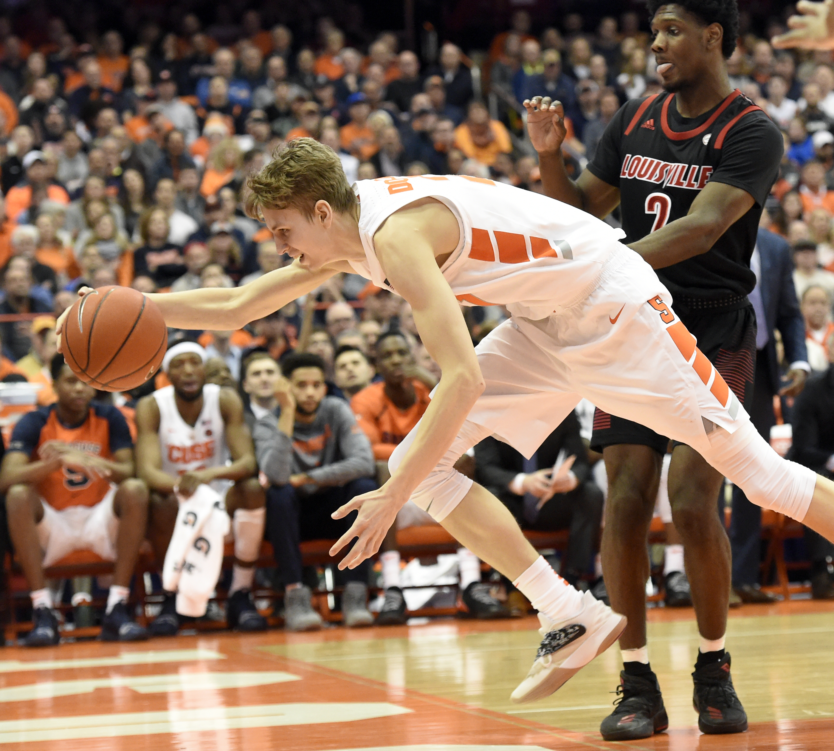 Marek Dolezaj S Hustle Mission I Just Go Into The Game To Get The Win Syracuse Com
