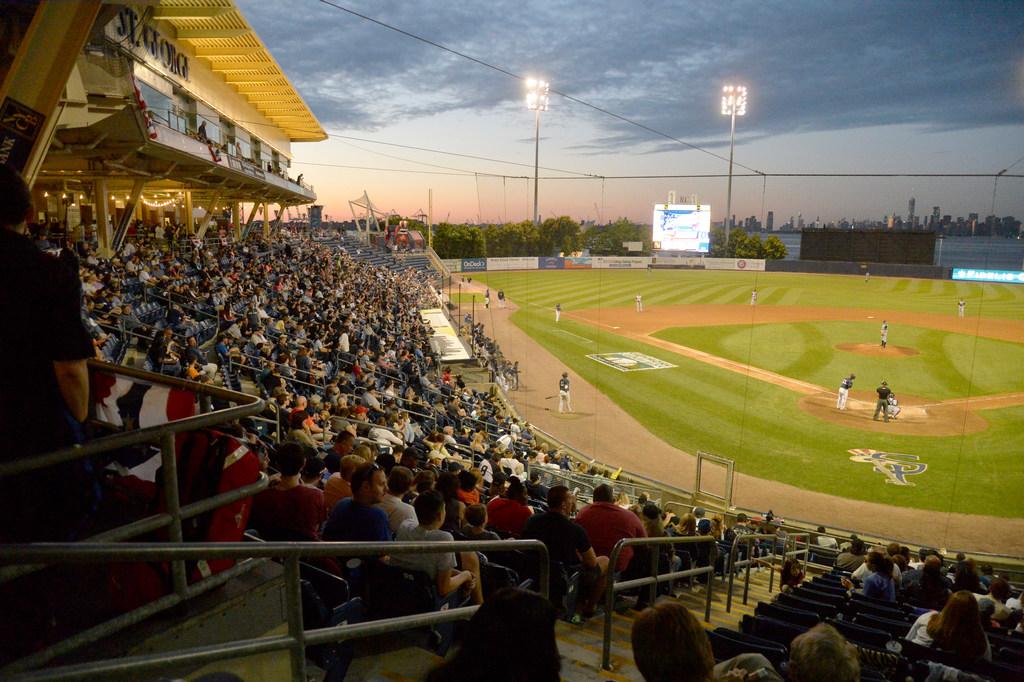 MLB rumors: Yankees say MLB isn't shutting down Staten Island team — yet