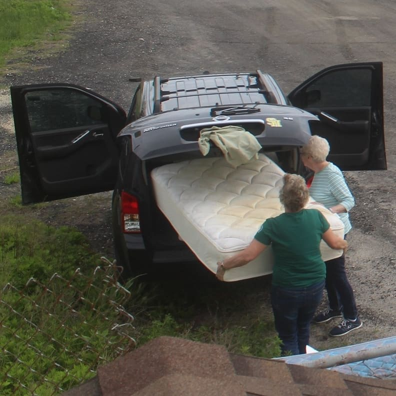 Seniors dump dirty mattresses in Jersey Shore town and police spring into action
