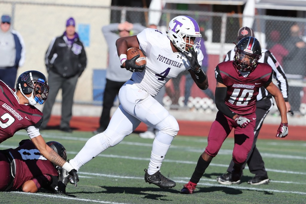 HS Football Player of the Week: 'Unselfish' Tottenville running back not worried about numbers