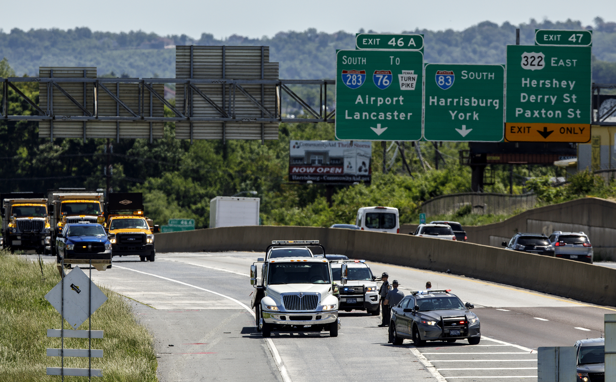 "State trooper shot machete-wielding man during ""very scary"" incident on I-83, police, DA say"