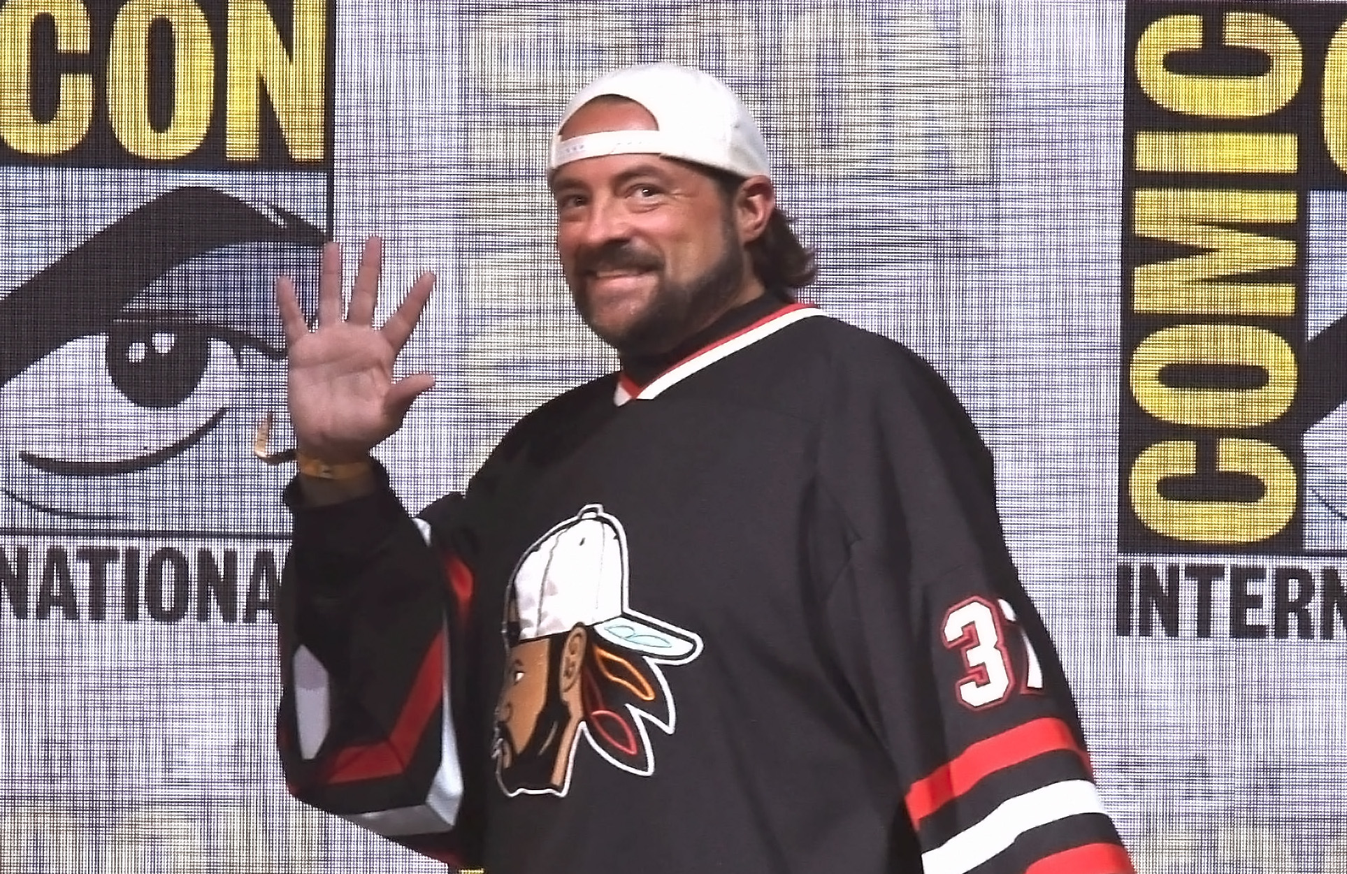 You, too, can wear Kevin Smith's old jerseys (for charity), thanks ...