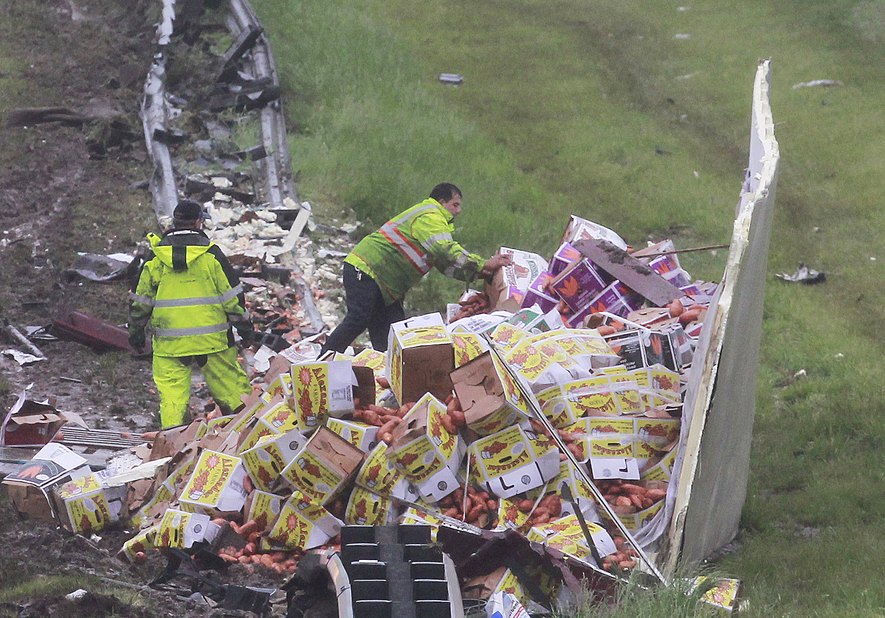 Truckload of sweet potatoes deliciously floods N.J. highway after tractor trailer overturns
